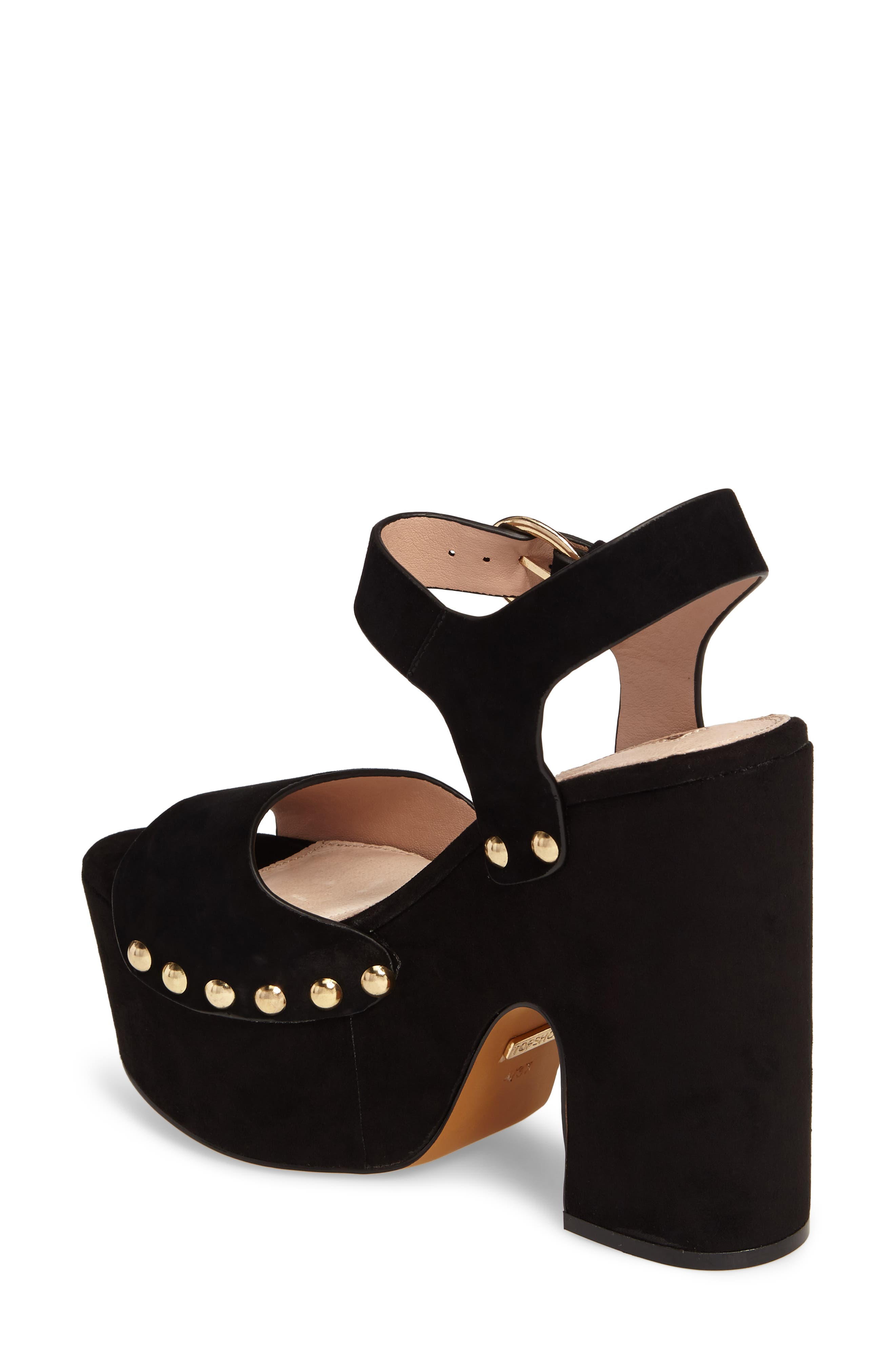 Alternate Image 2  - Topshop Lourdes Embroidered Platform Sandal (Women)