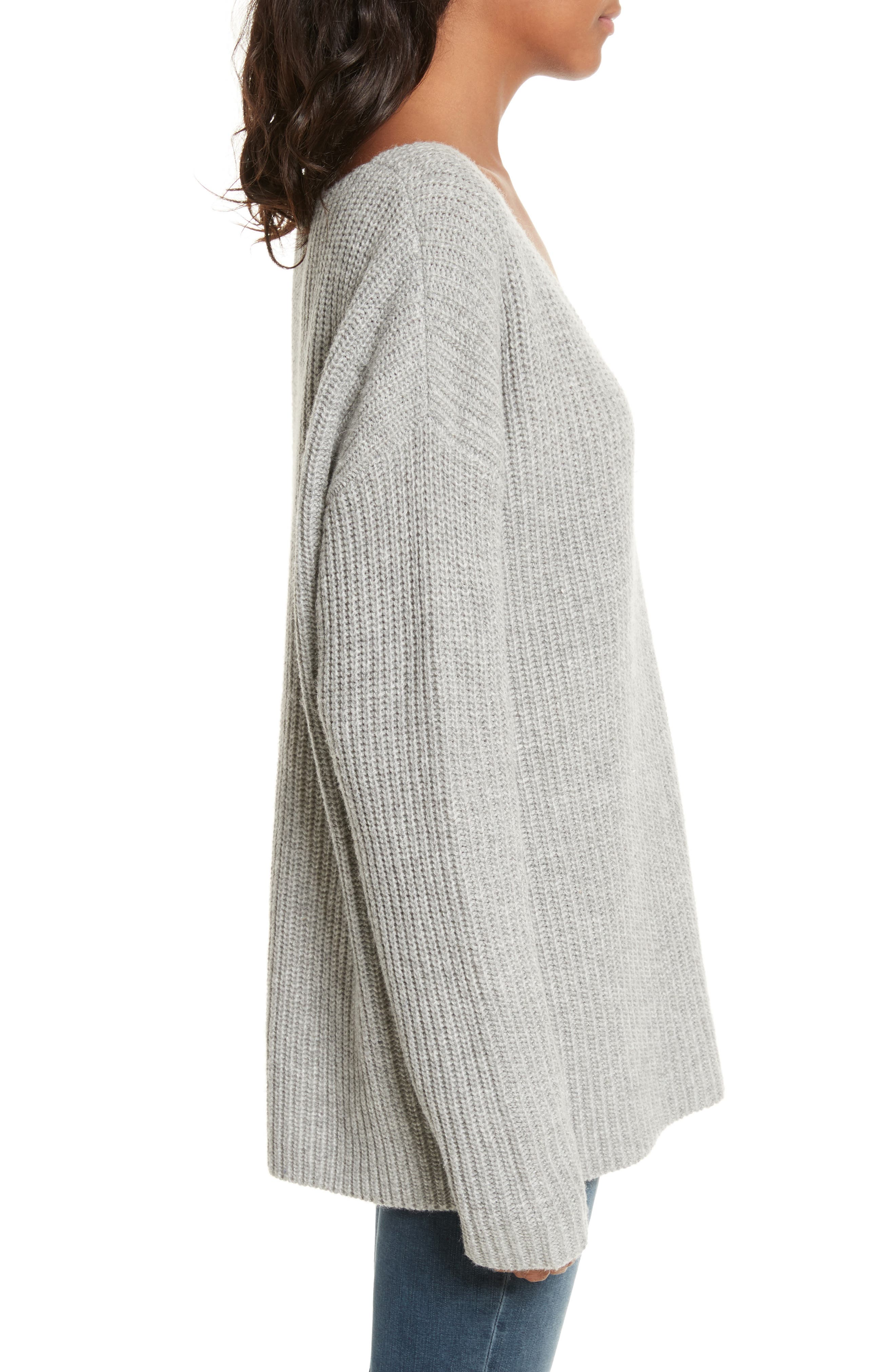 Oversize V-Neck Sweater,                             Alternate thumbnail 4, color,                             Gris