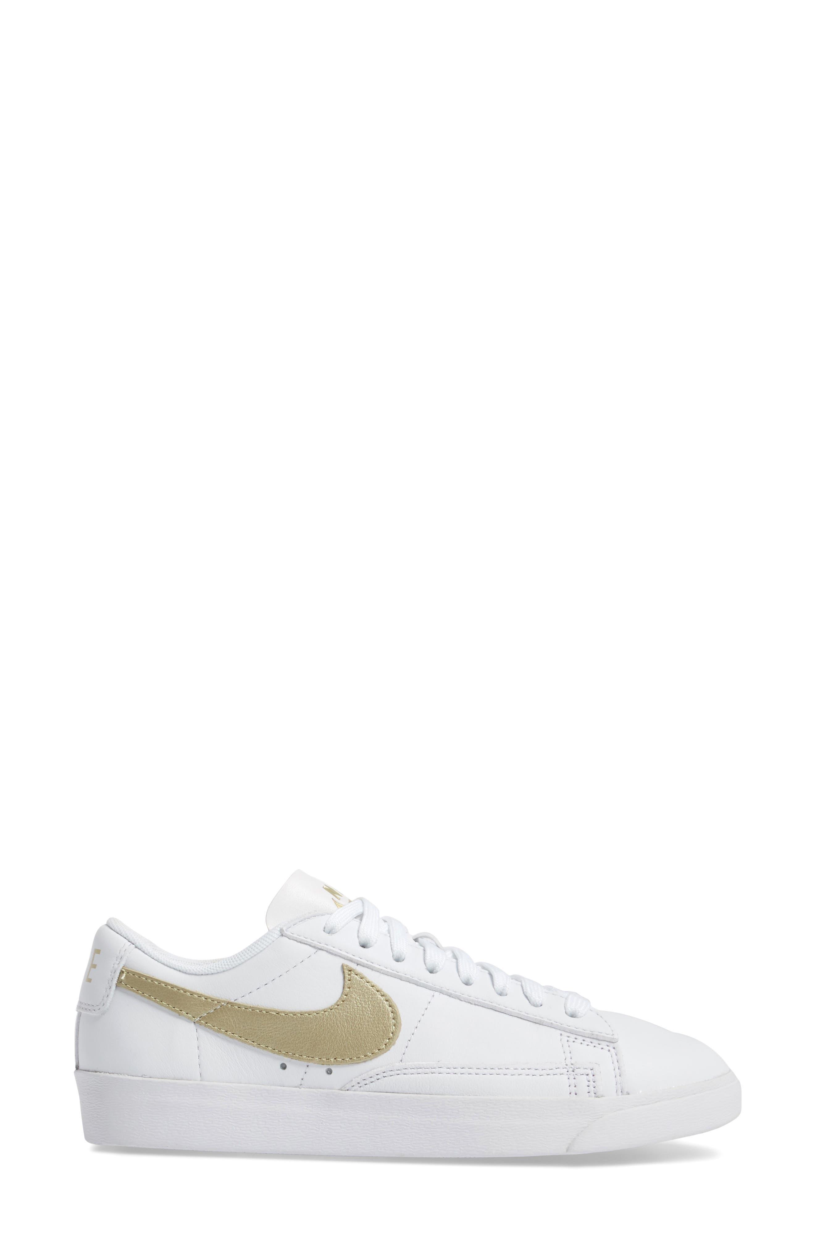 Alternate Image 4  - Nike Blazer Low LE Basketball Shoe (Women)