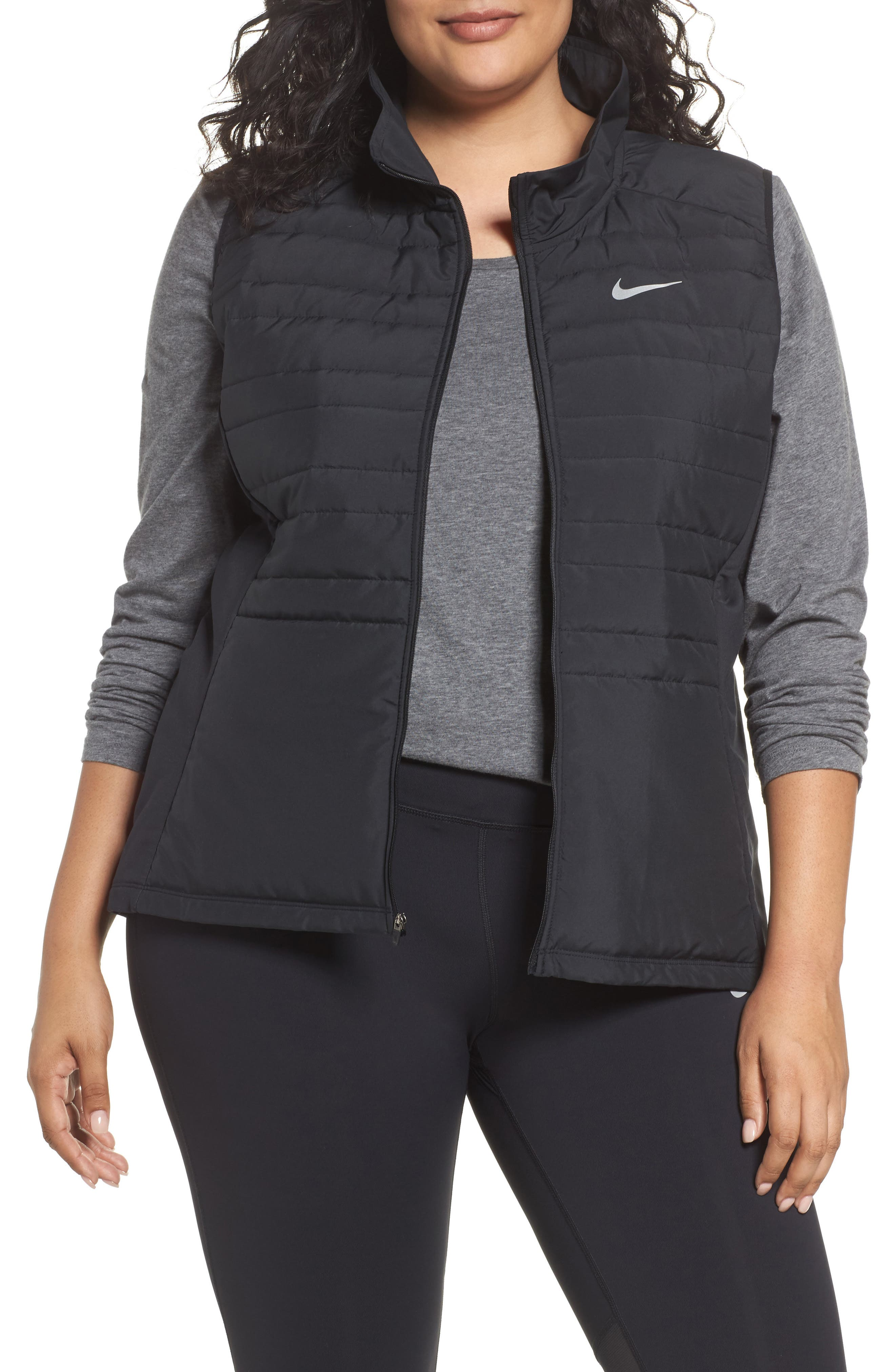 Nike Essentials Running Vest (Plus Size)