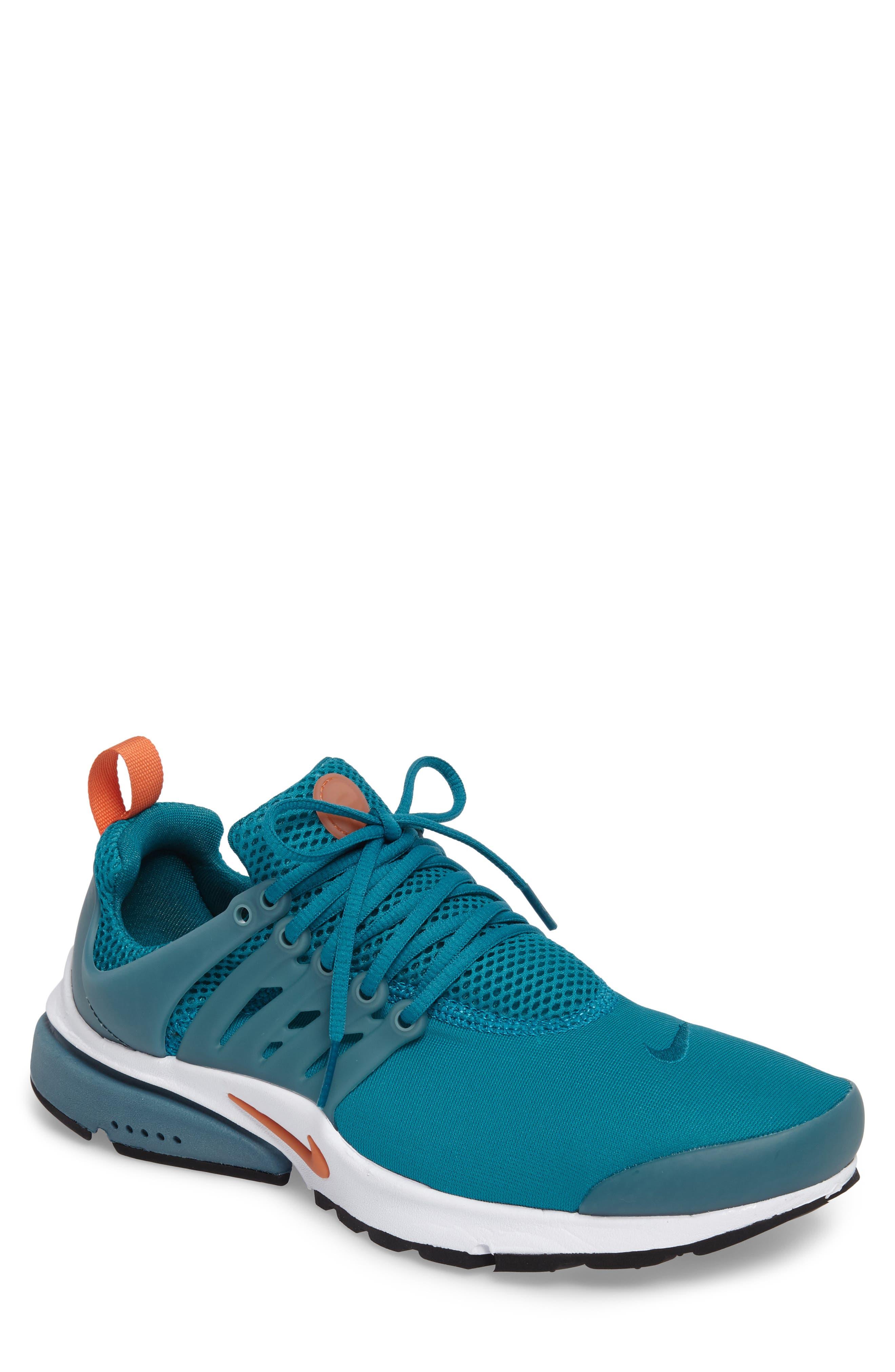 Alternate Image 1 Selected - Nike Air Presto Essential Sneaker (Men)