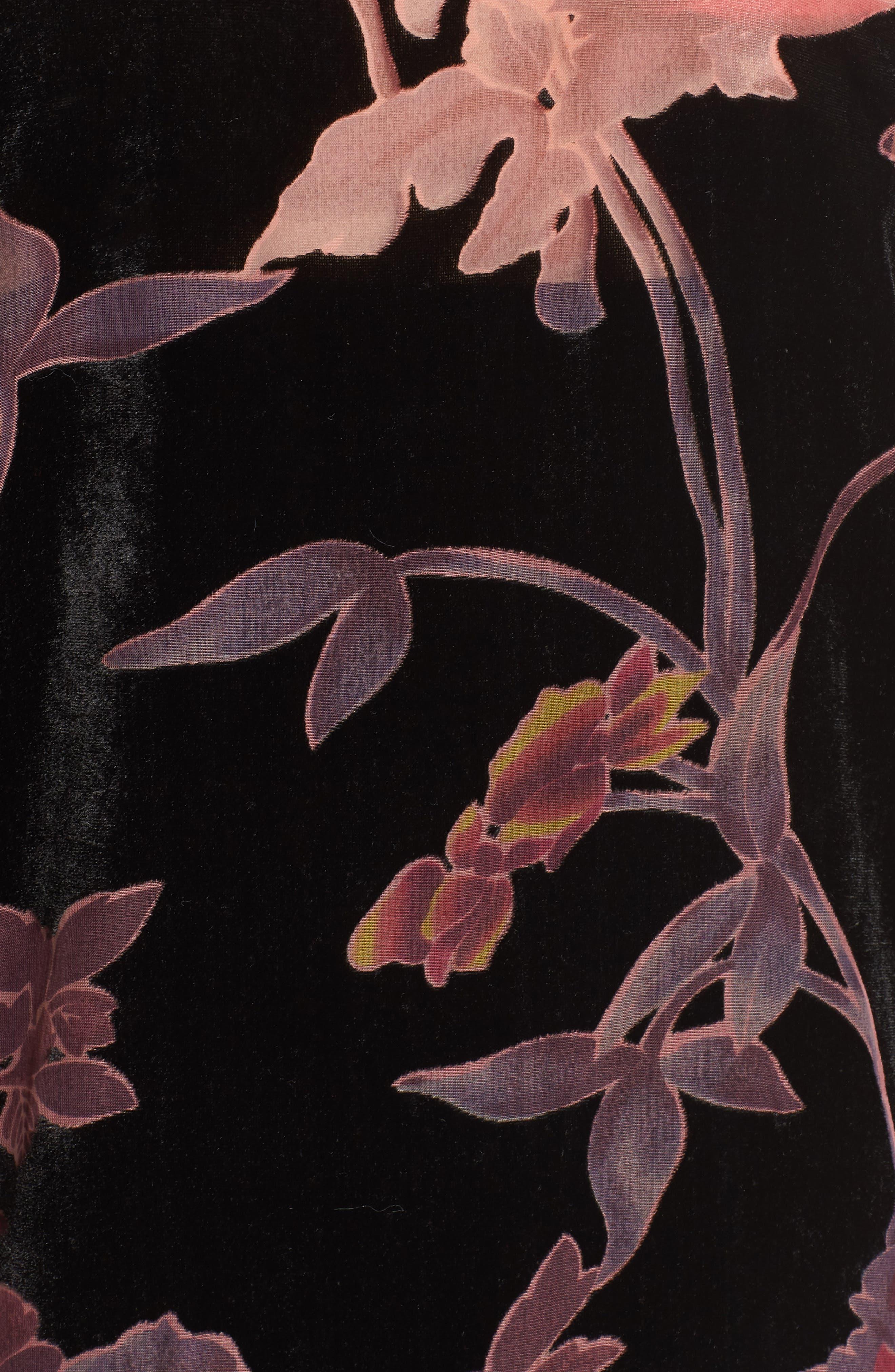 Alternate Image 5  - Hinge Burnout Floral Velvet Kimono