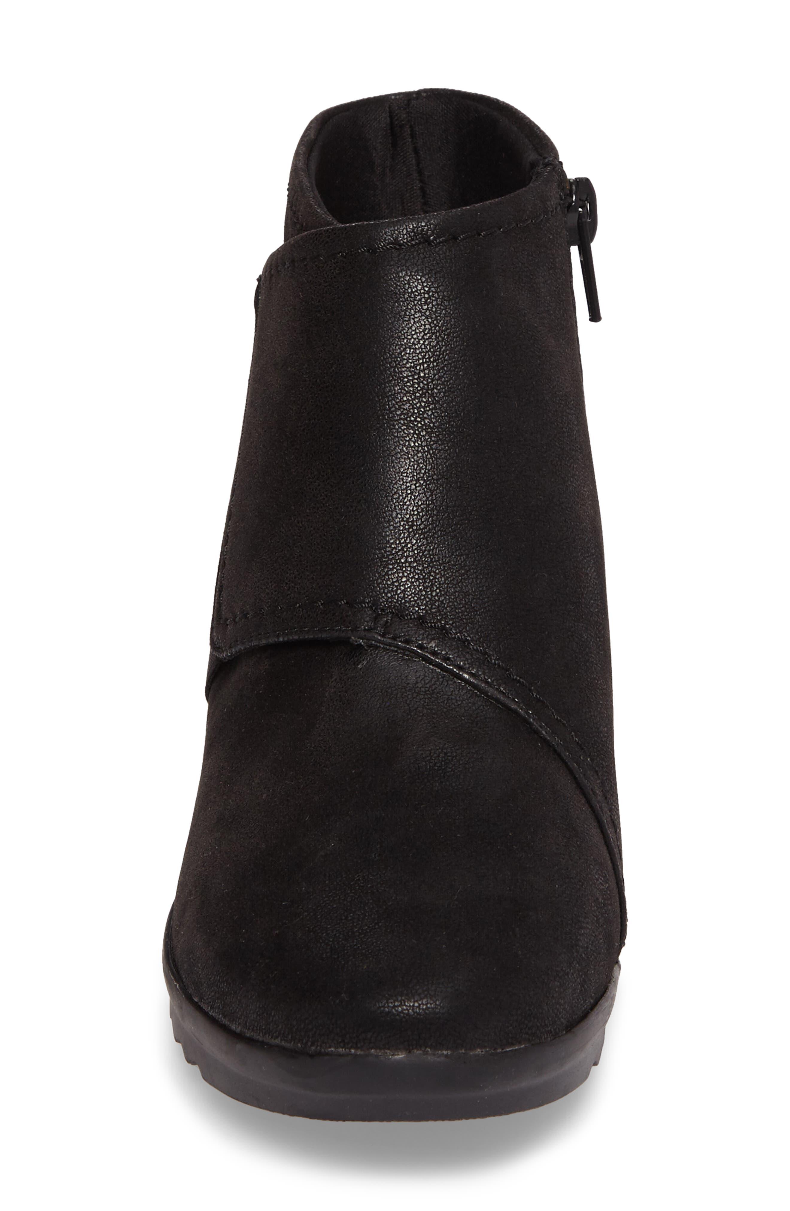 Alternate Image 4  - Clarks® Caddell Rush Bootie (Women)