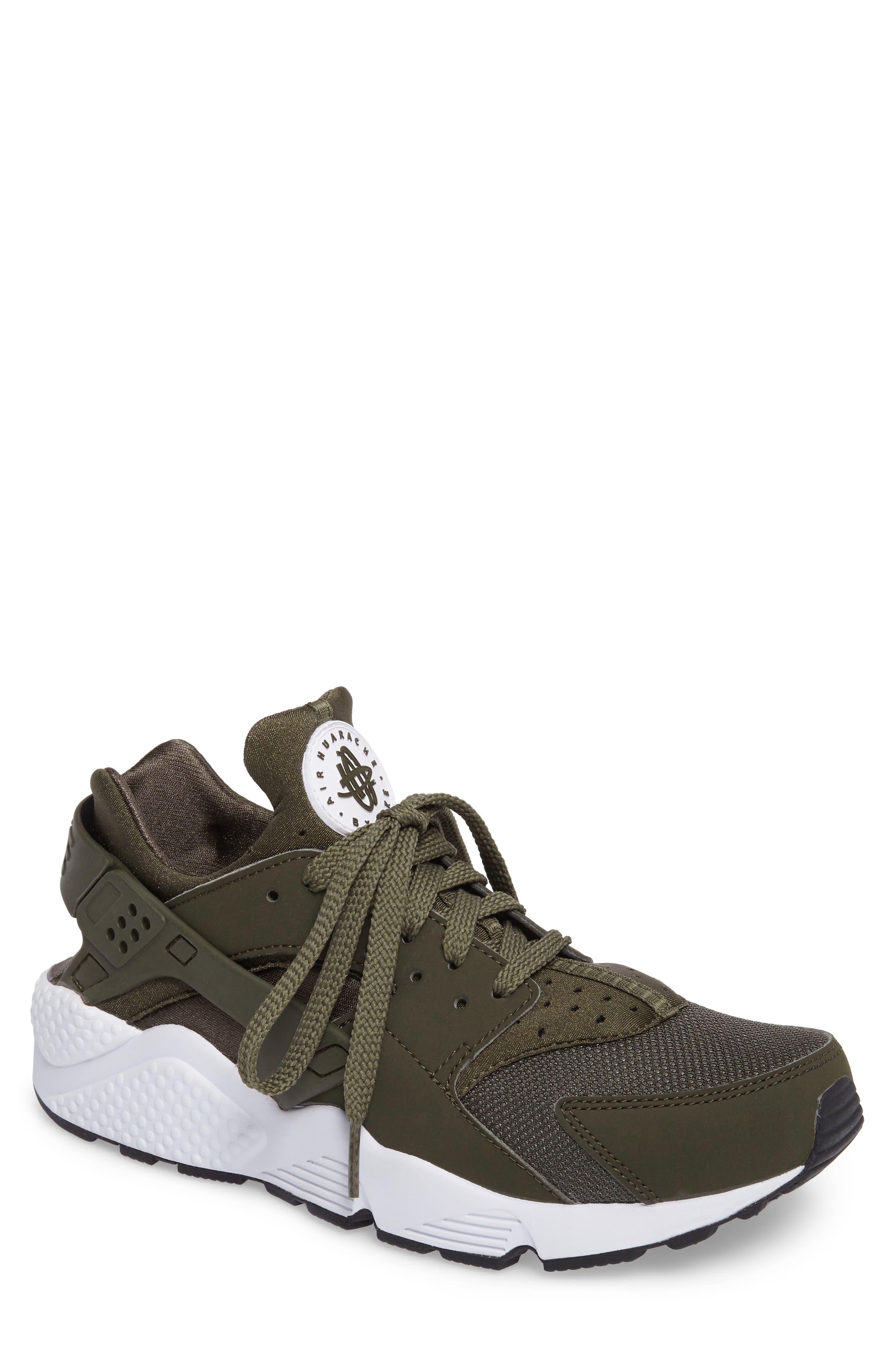 Nike 'Air Huarache' Sneaker (Men)