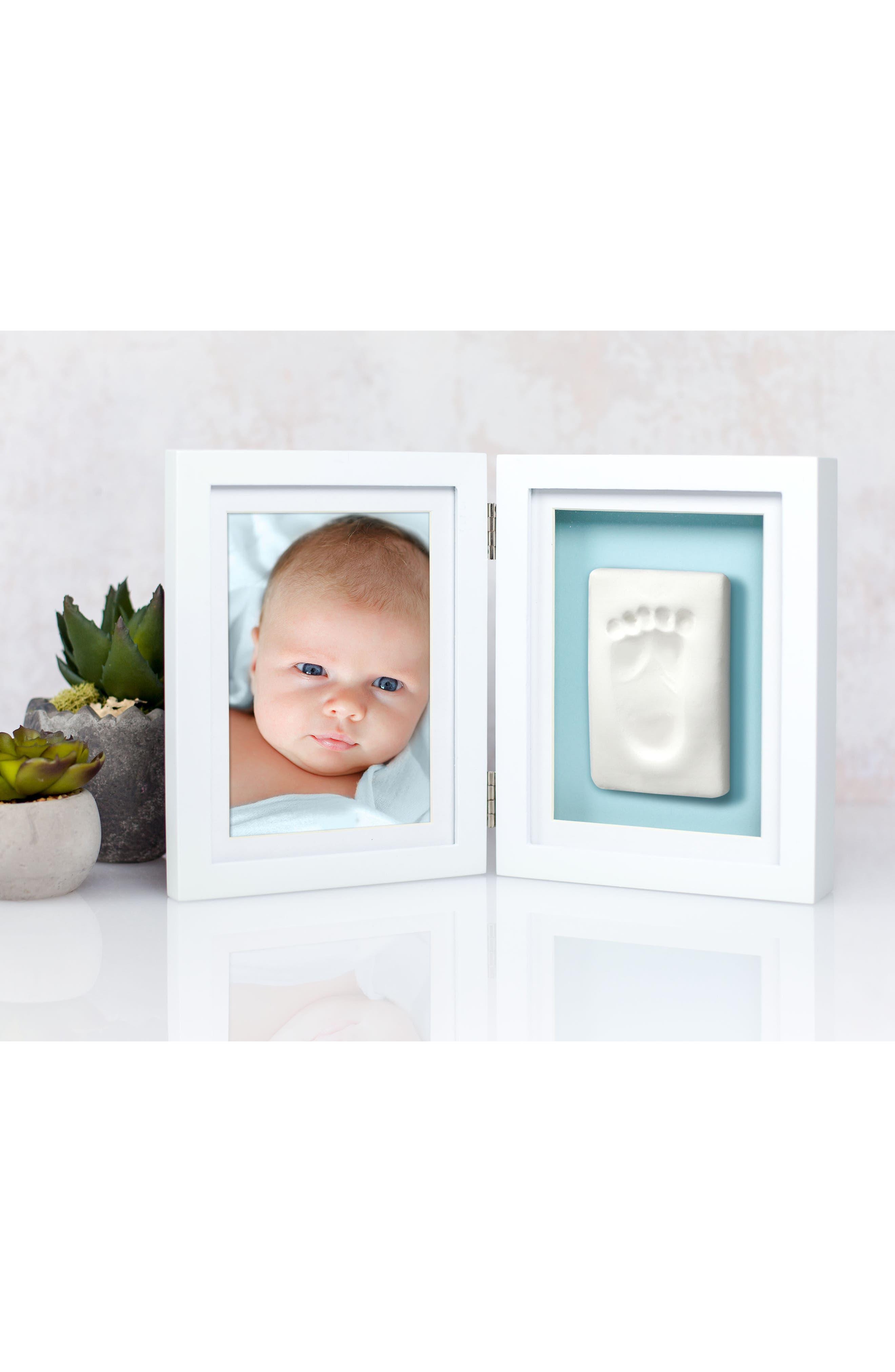 Alternate Image 3  - Pearhead Babyprints Desk Frame