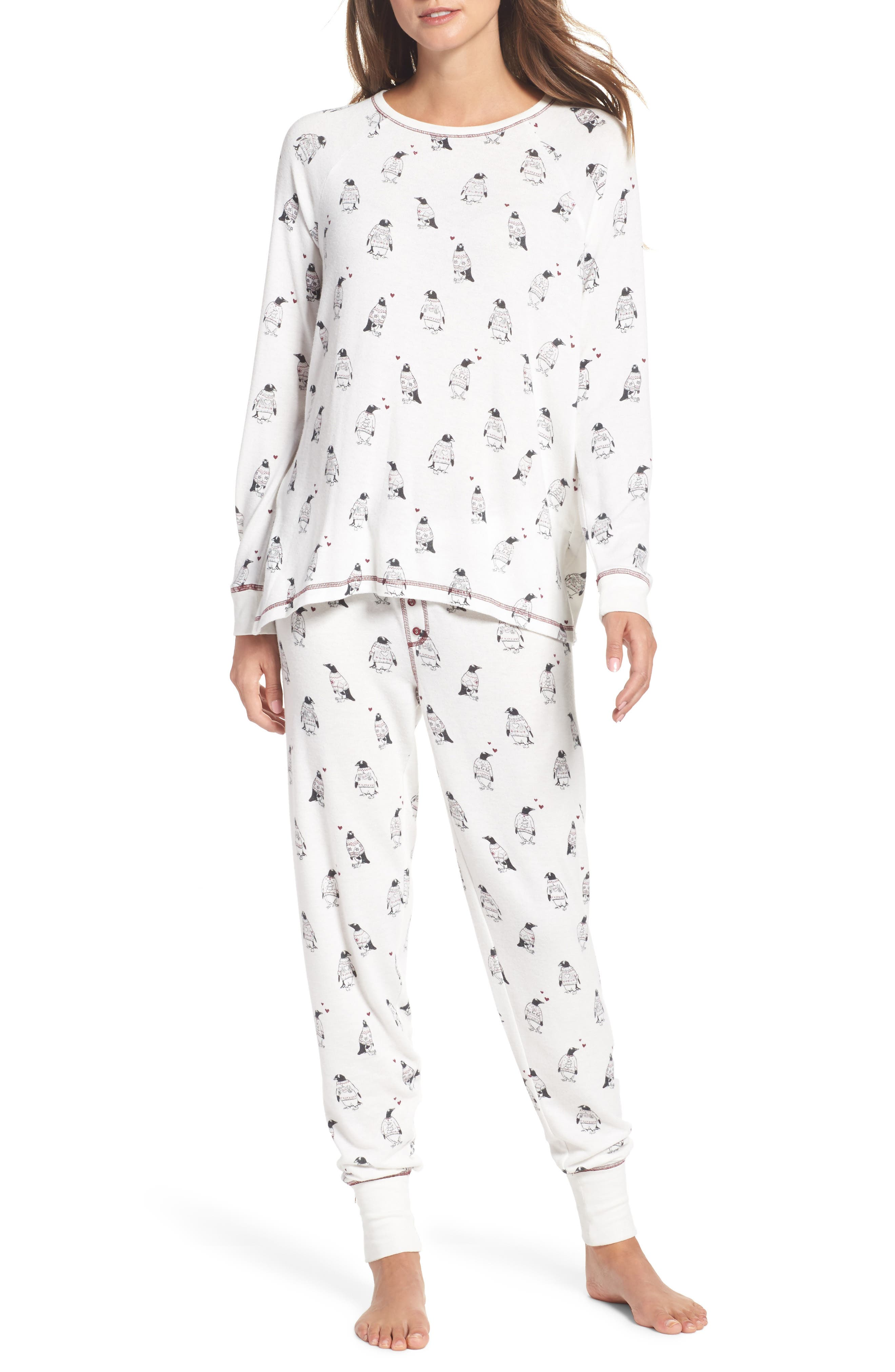 Alternate Image 1 Selected - PJ Salvage Peachy Pajamas