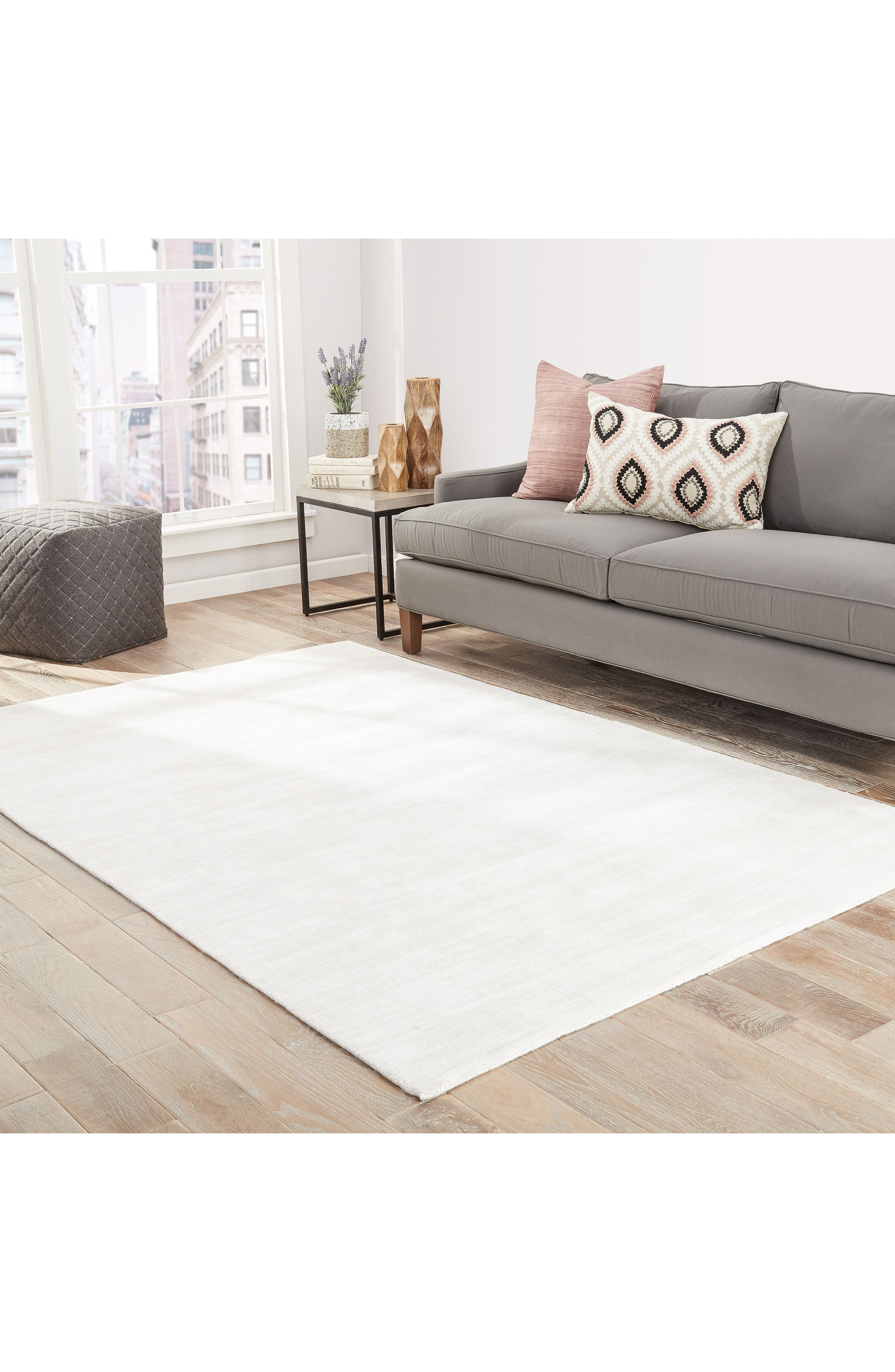 Yasmin Rug,                             Alternate thumbnail 4, color,                             Lily White/ Lily White