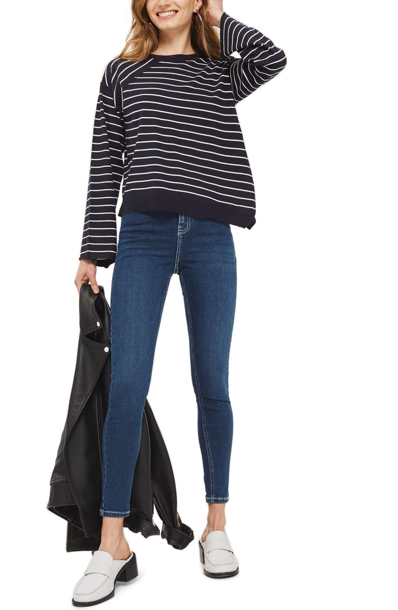 Main Image - Topshop Asymmetrical Hem Sweater