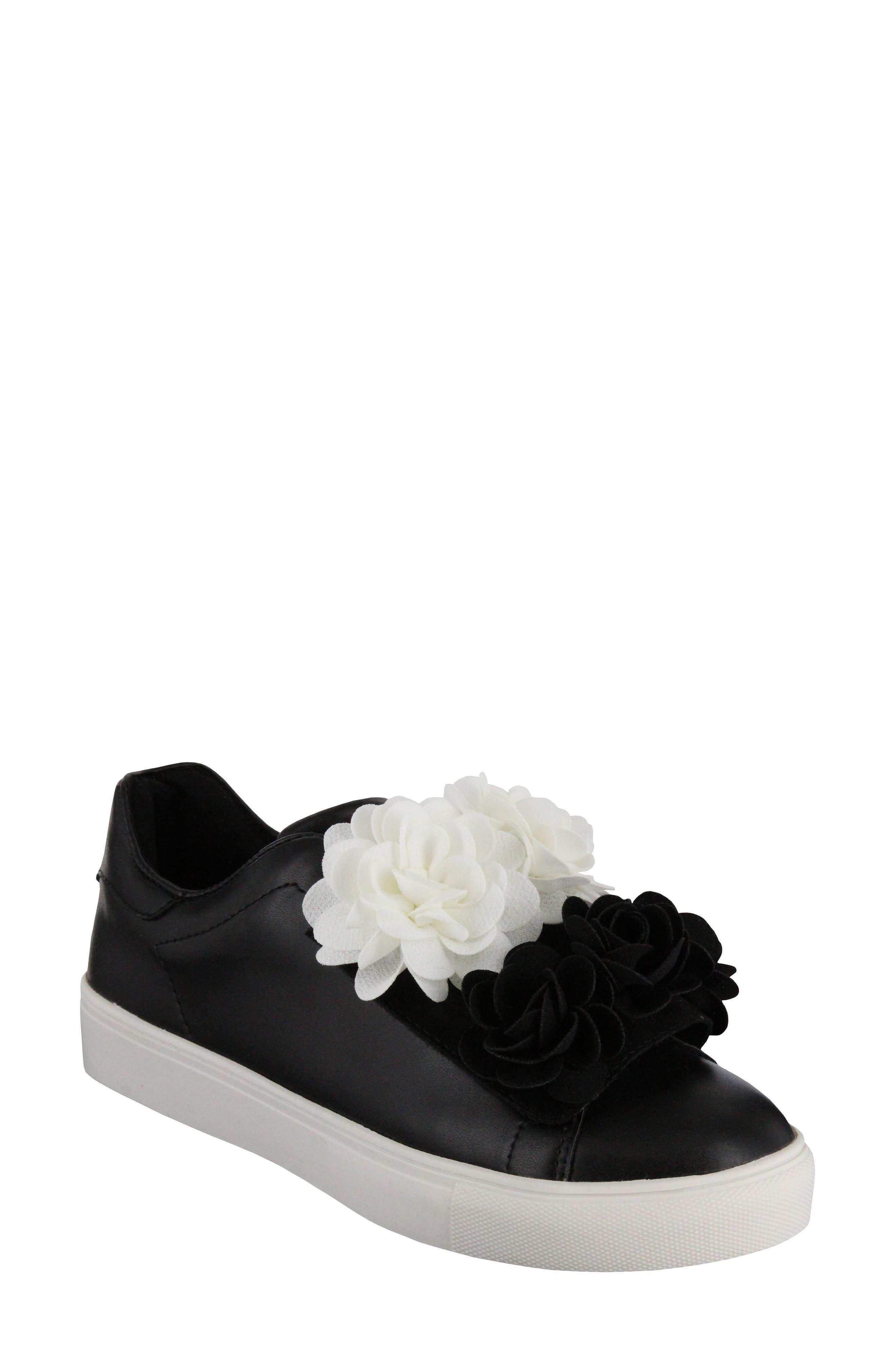 MIA Primrose Sneaker (Women)