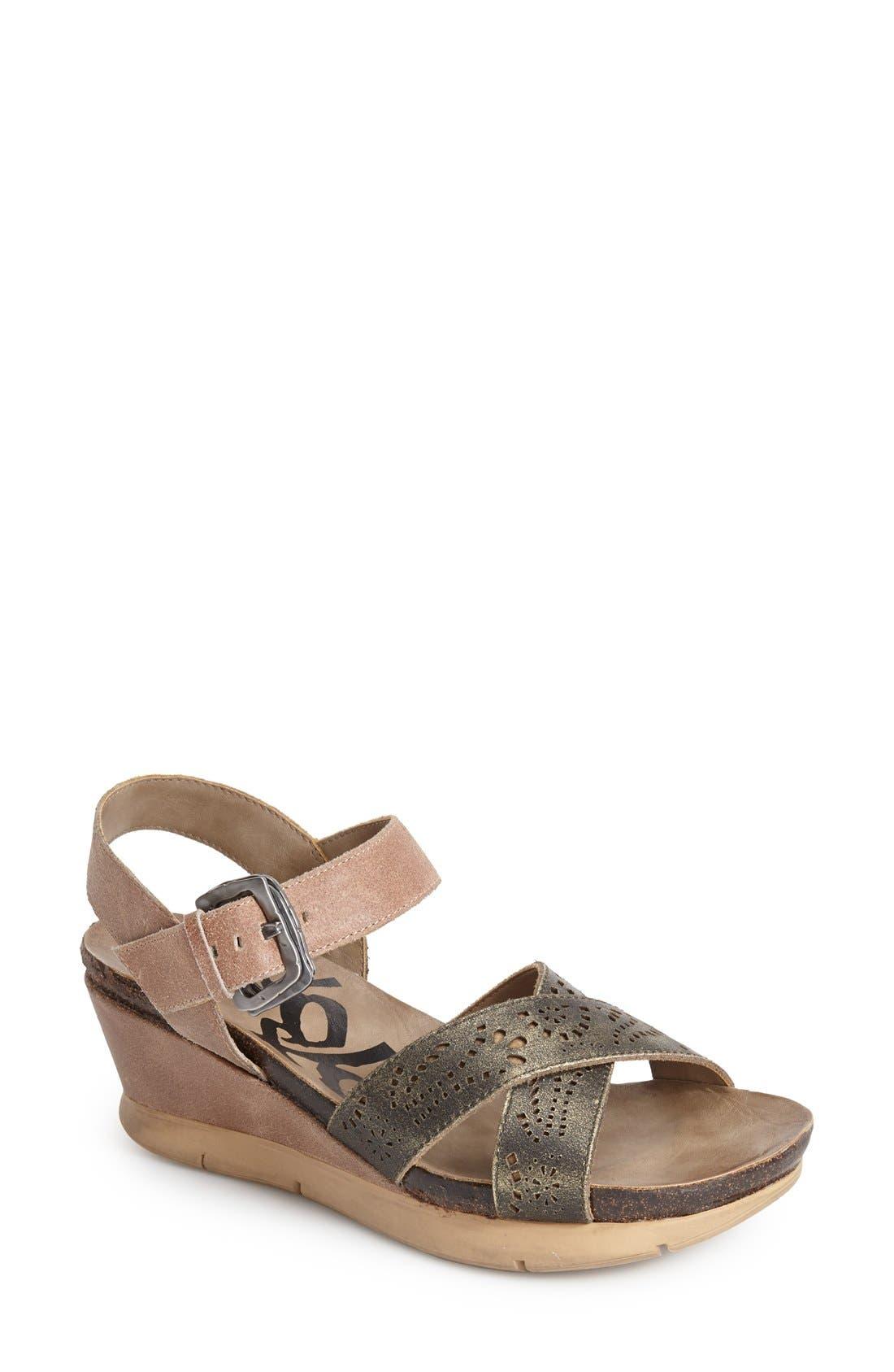 Alternate Image 1 Selected - OTBT 'Gearhart' Sandal