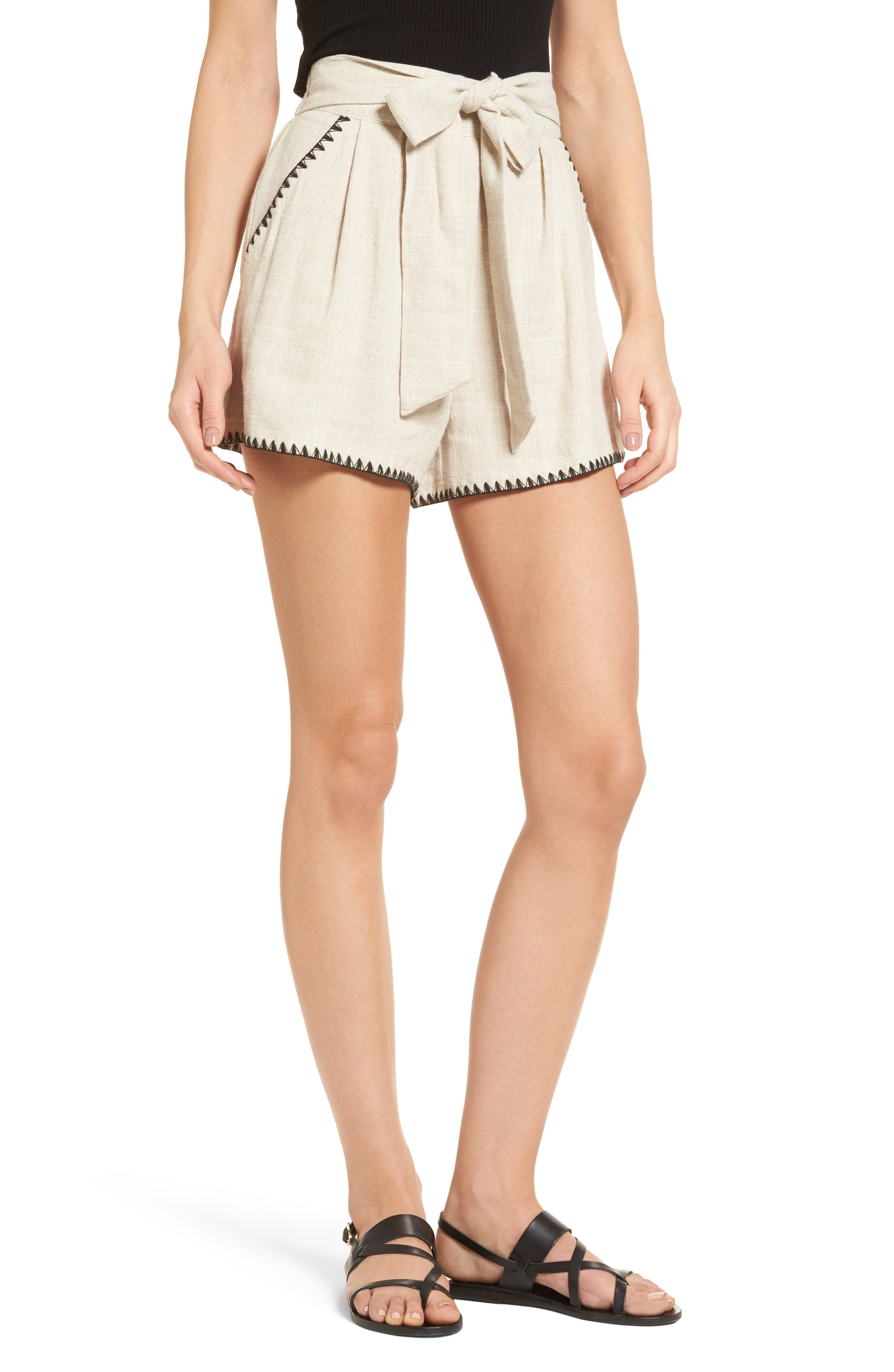 Main Image - MOON RIVER Pleat Blanket Stitch Shorts