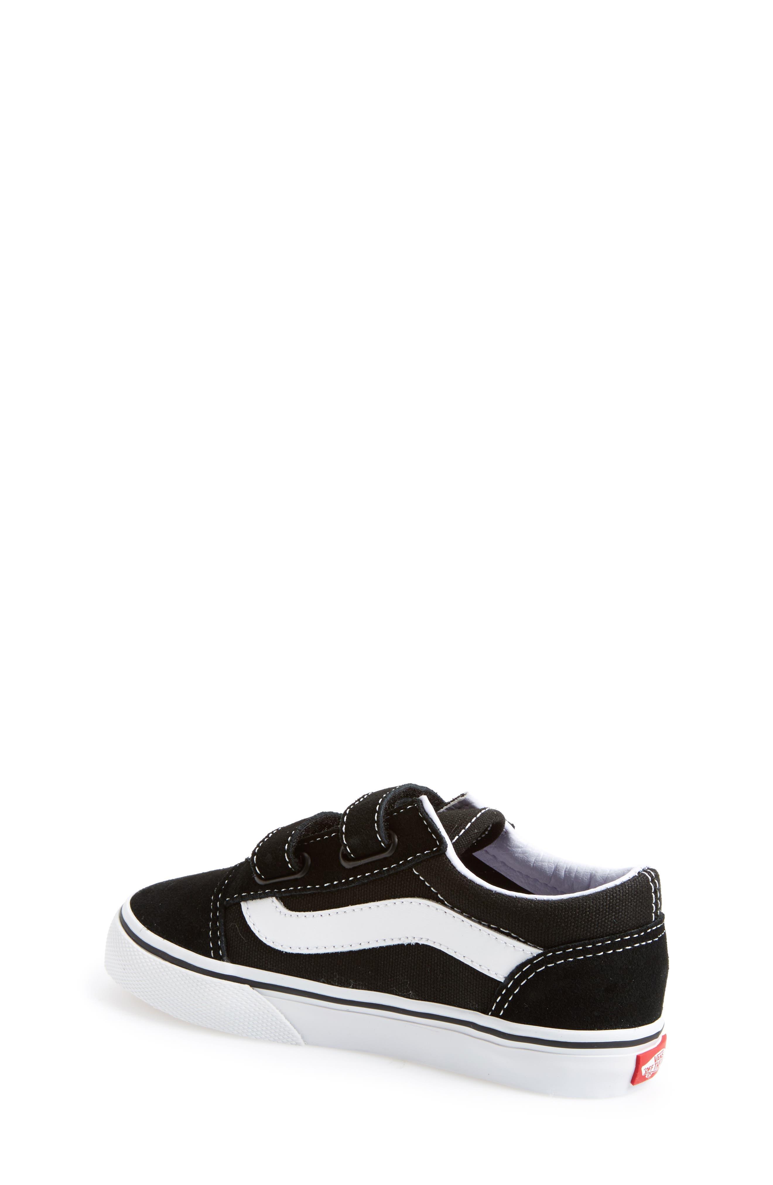 Alternate Image 2  - Vans 'Old Skool V' Sneaker (Toddler, Little Kid & Big Kid)