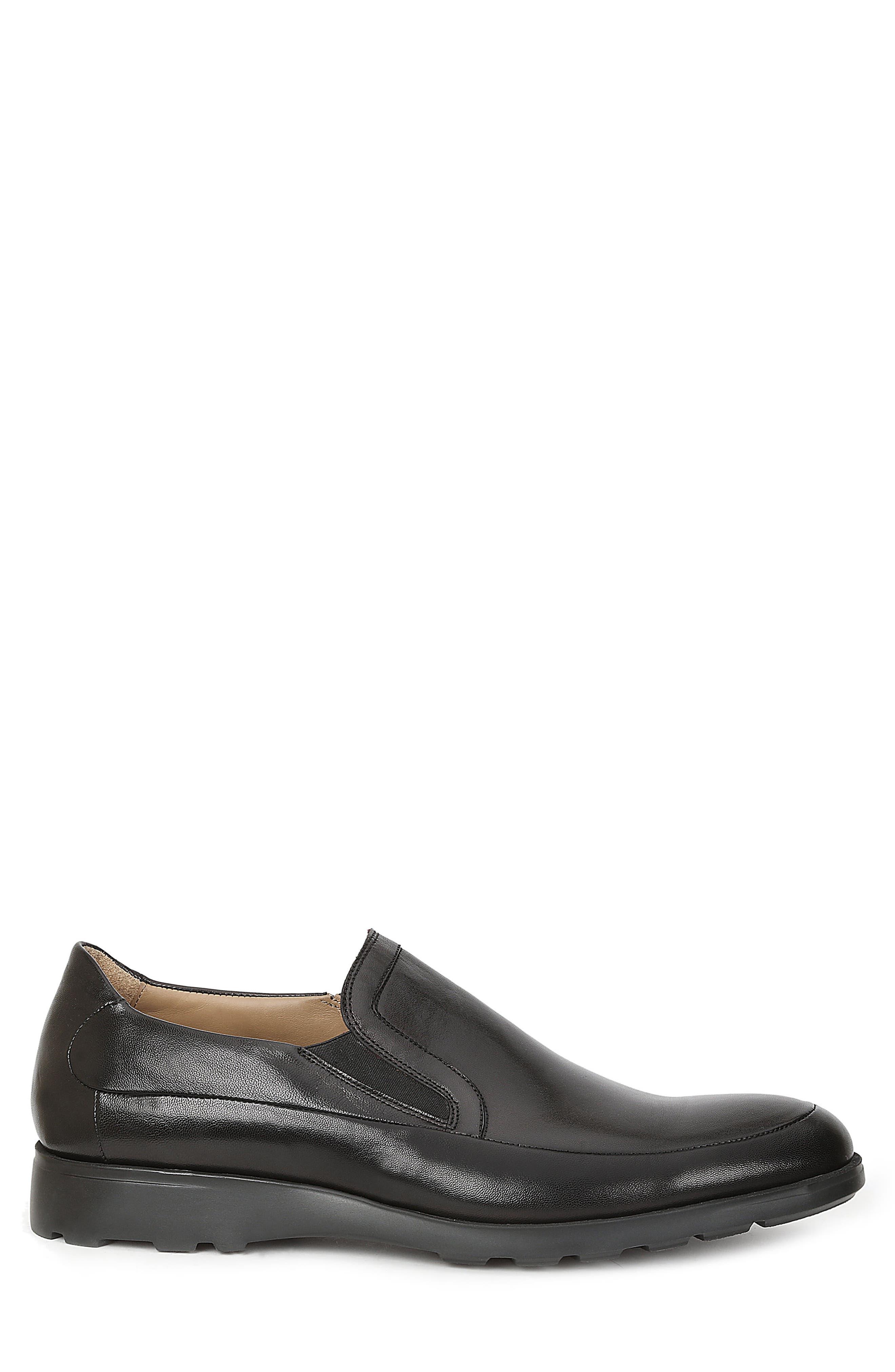 Vegas Apron Toe Loafer,                             Alternate thumbnail 3, color,                             Black Leather