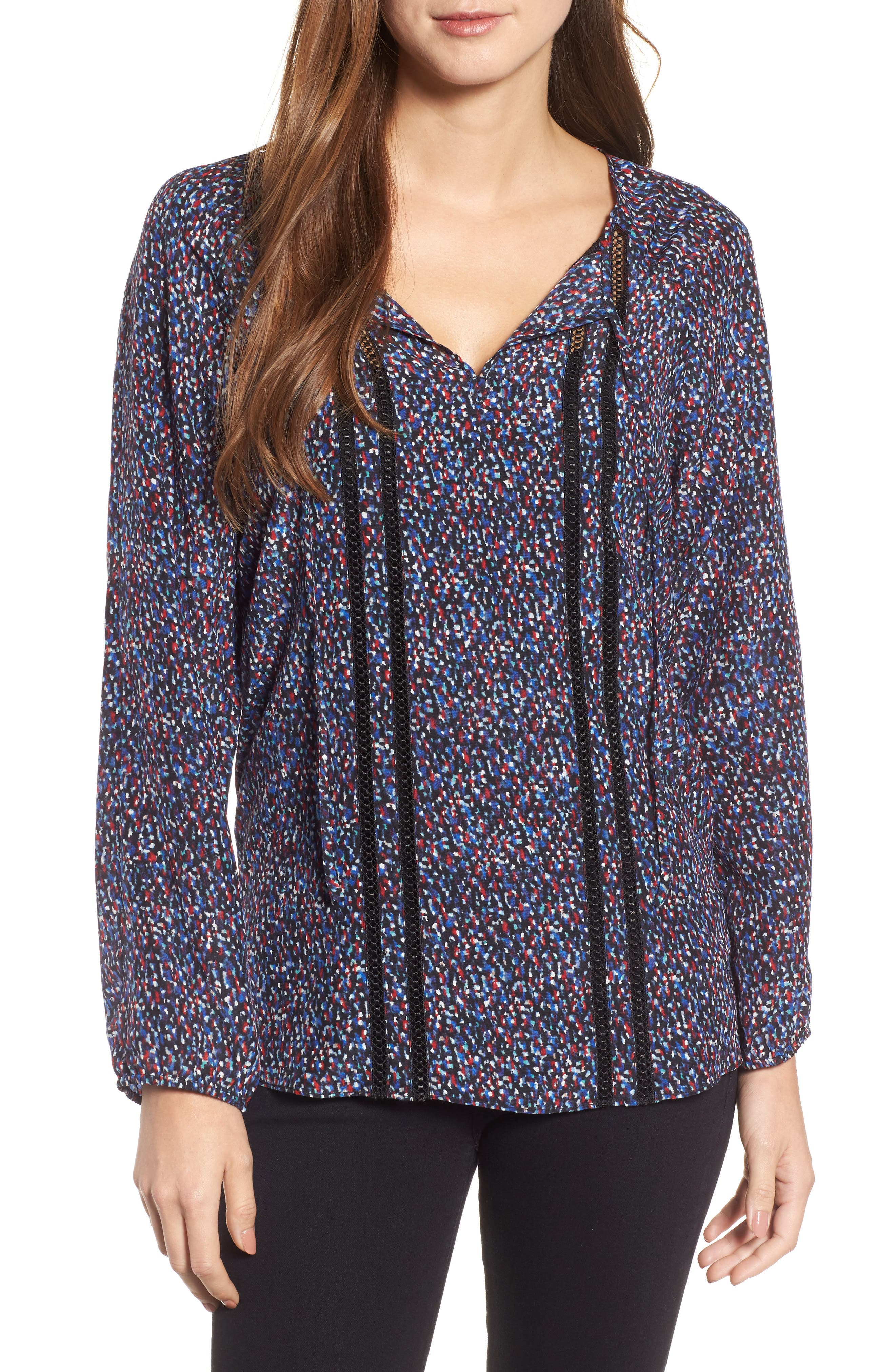 NIC+ZOE Seeing Stars Embroidered Inset Top