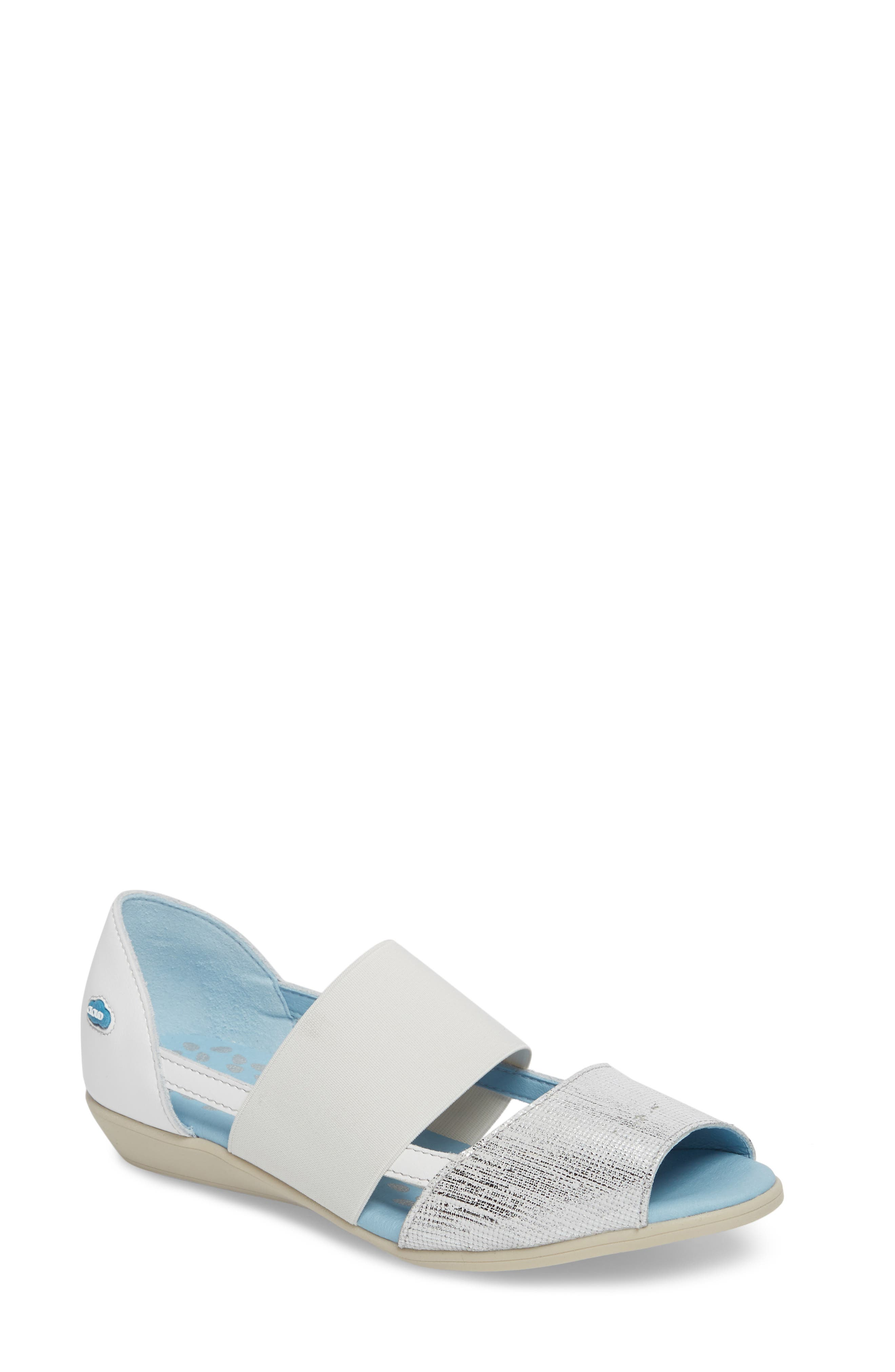 CLOUD Canary Dunkan Flat (Women)