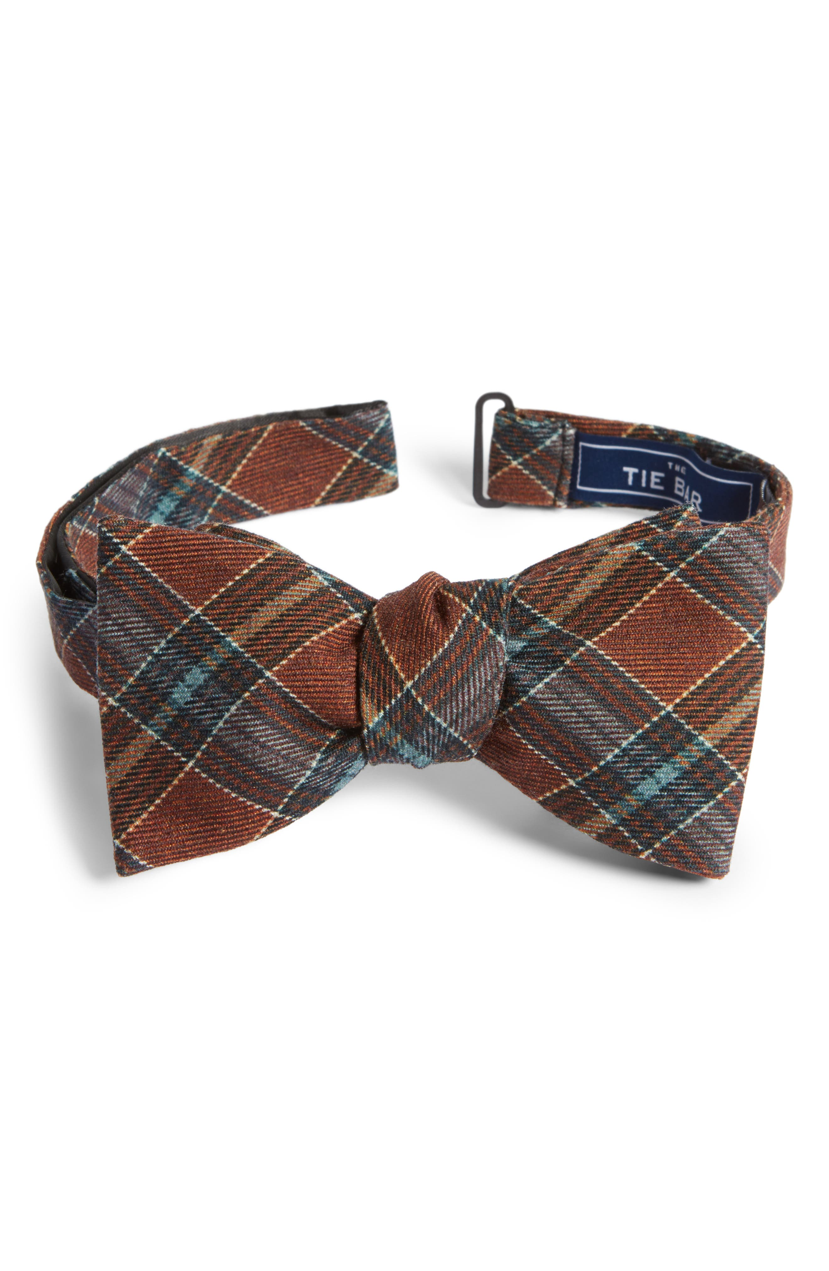 The Tie Bar Pittsfield Plaid Wool Bow Tie