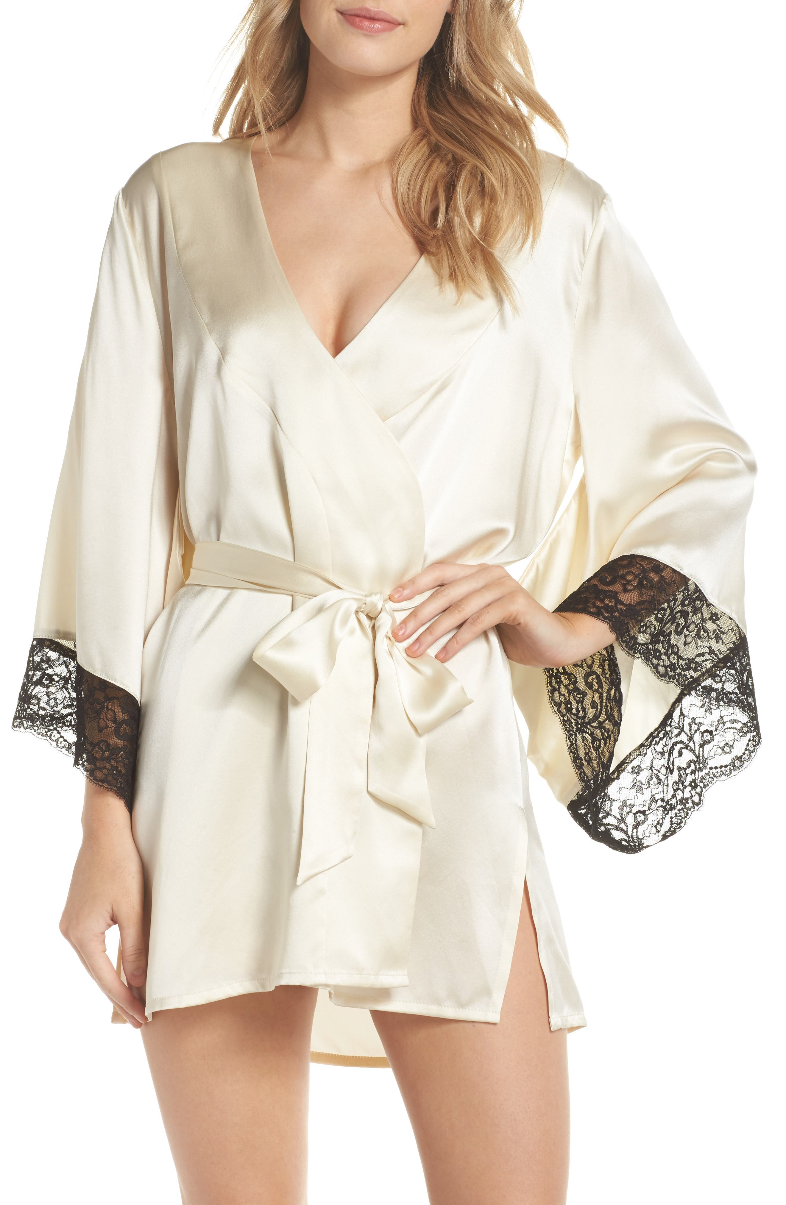 Samantha Chang Yukata Lace & Silk Robe