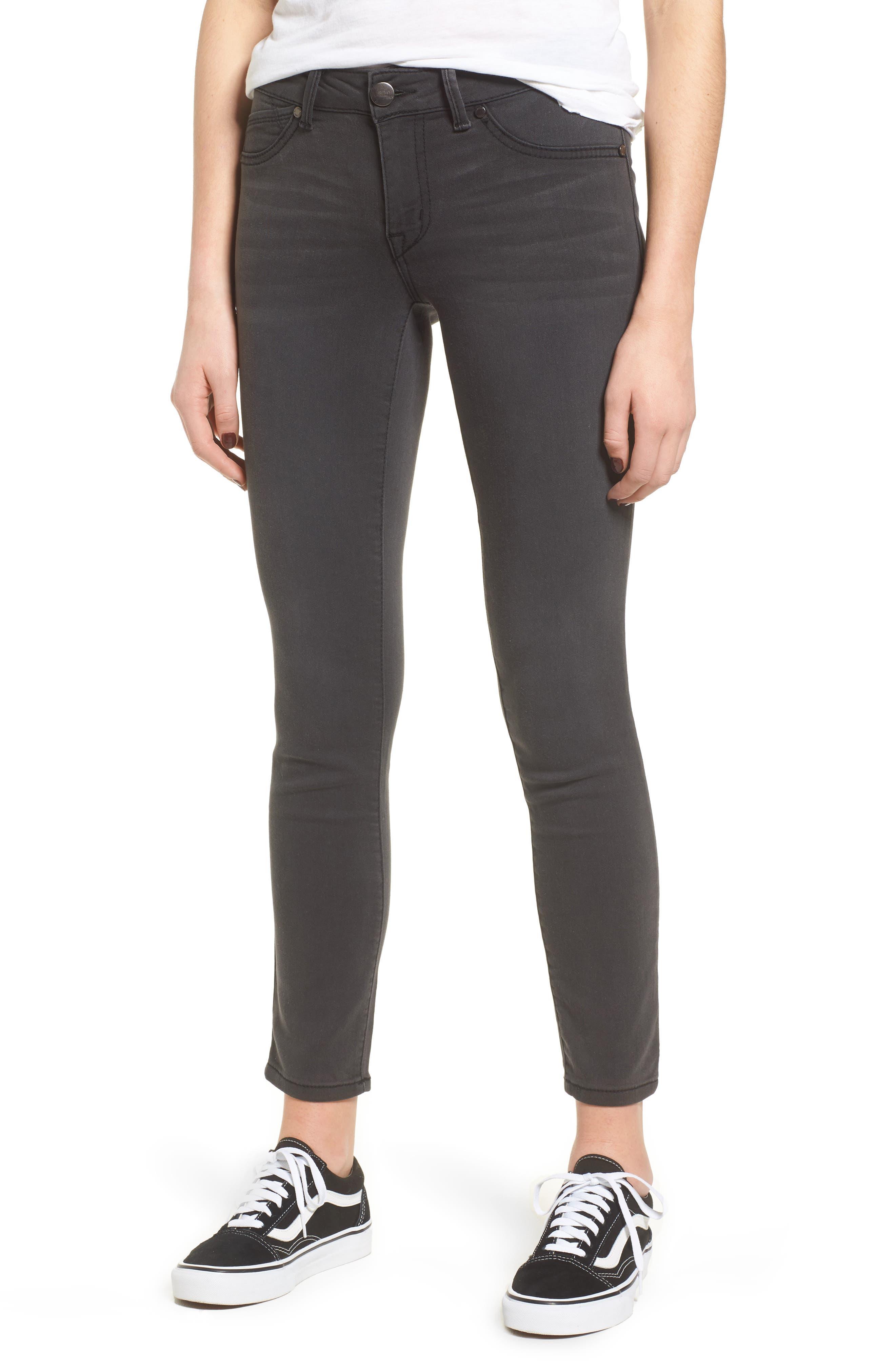1822 Denim Contour Ankle Skinny Jeans