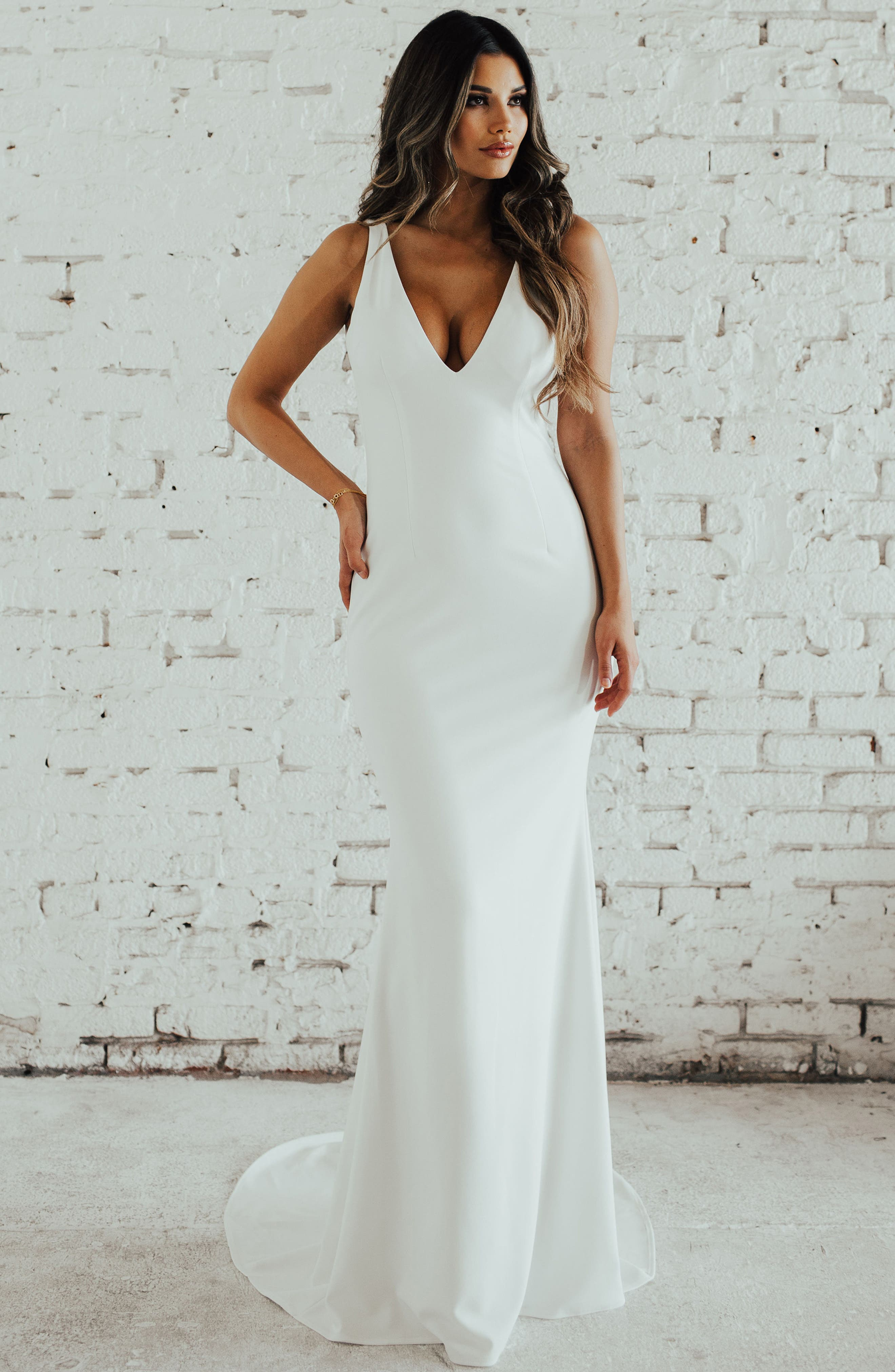 Paloma Plunge Back Trumpet Gown,                             Alternate thumbnail 3, color,                             Ivory