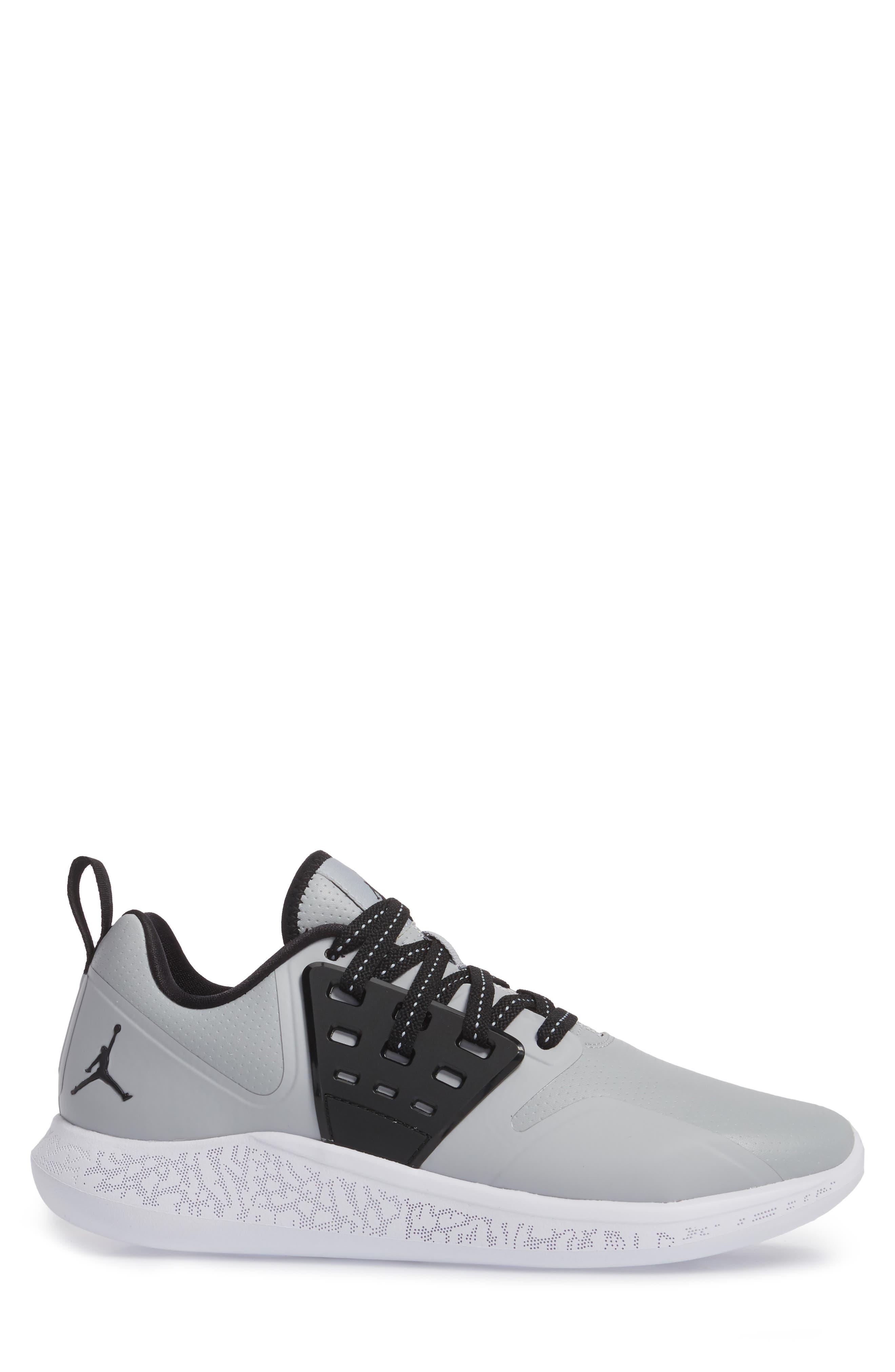 Jordan Grind Running Shoe,                             Alternate thumbnail 3, color,                             Wolf Grey/ Black/ White
