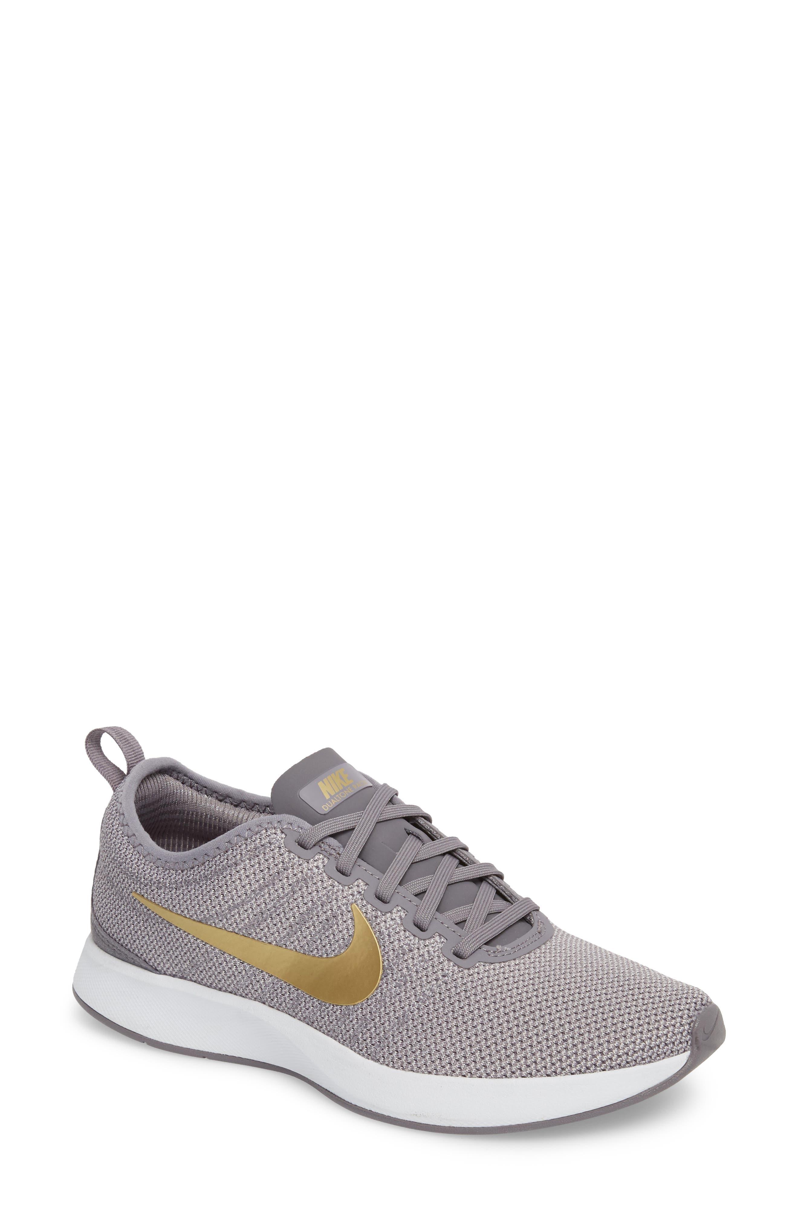 Nike Dualtone Racer SE Sneaker (Women)