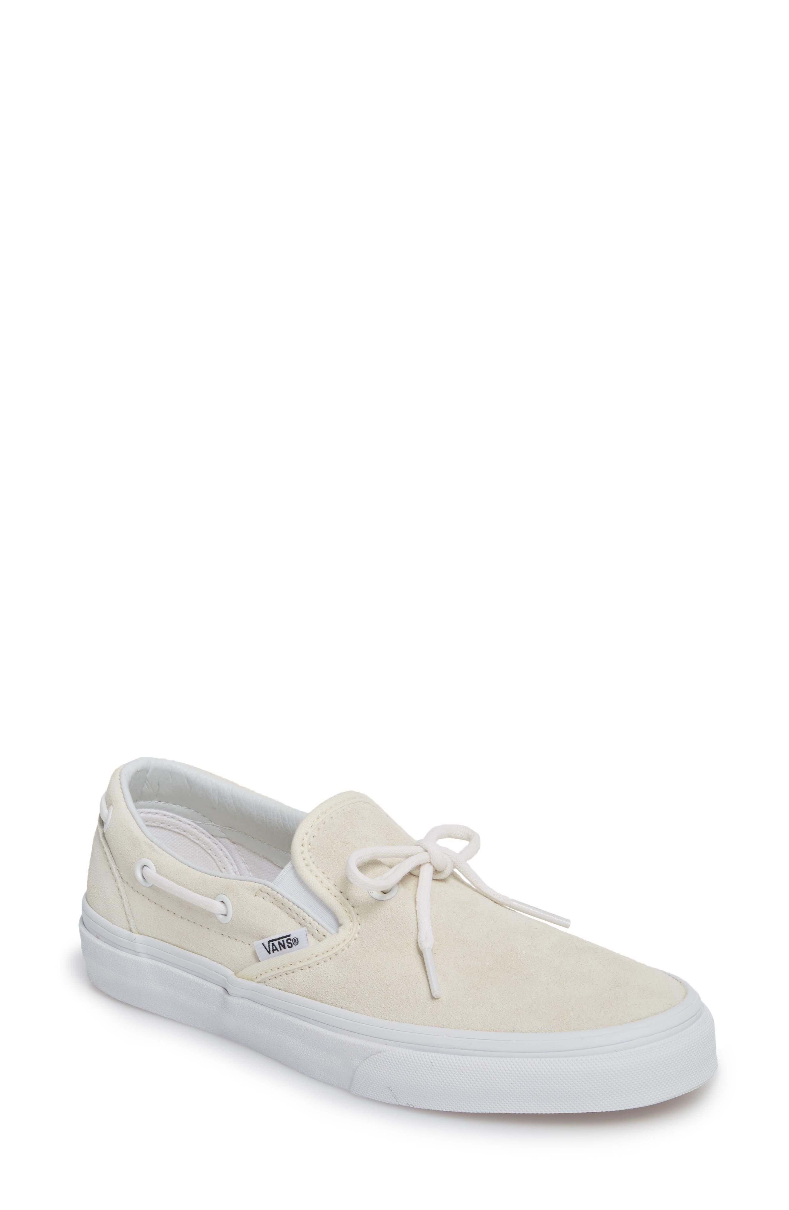 Vans UA Lacey 72 Slip-On Boat Sneaker (Women)