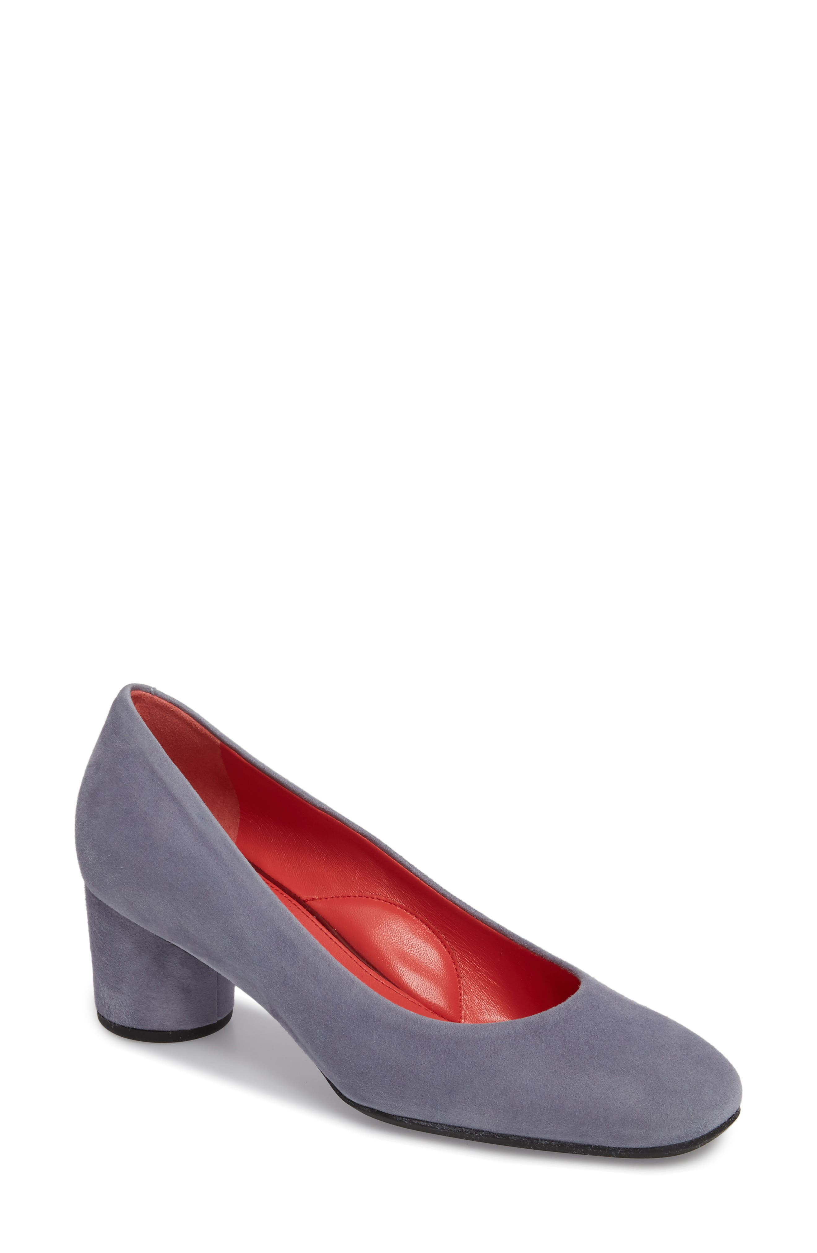 Pas de Rouge Chantal Pump (Women)