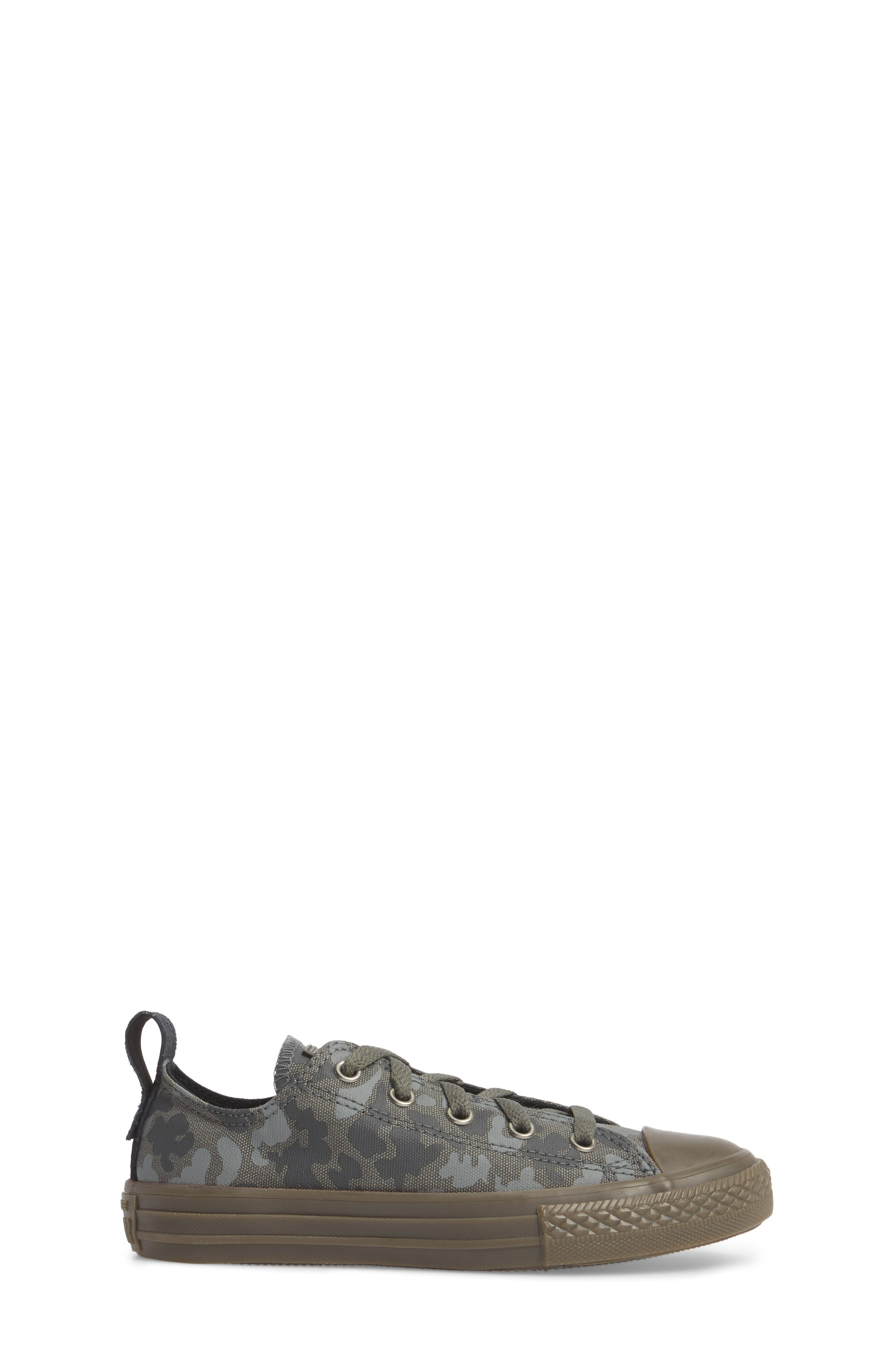 Chuck Taylor<sup>®</sup> All Star<sup>®</sup> Camo Ox Low Top Sneaker,                             Alternate thumbnail 3, color,                             Mason