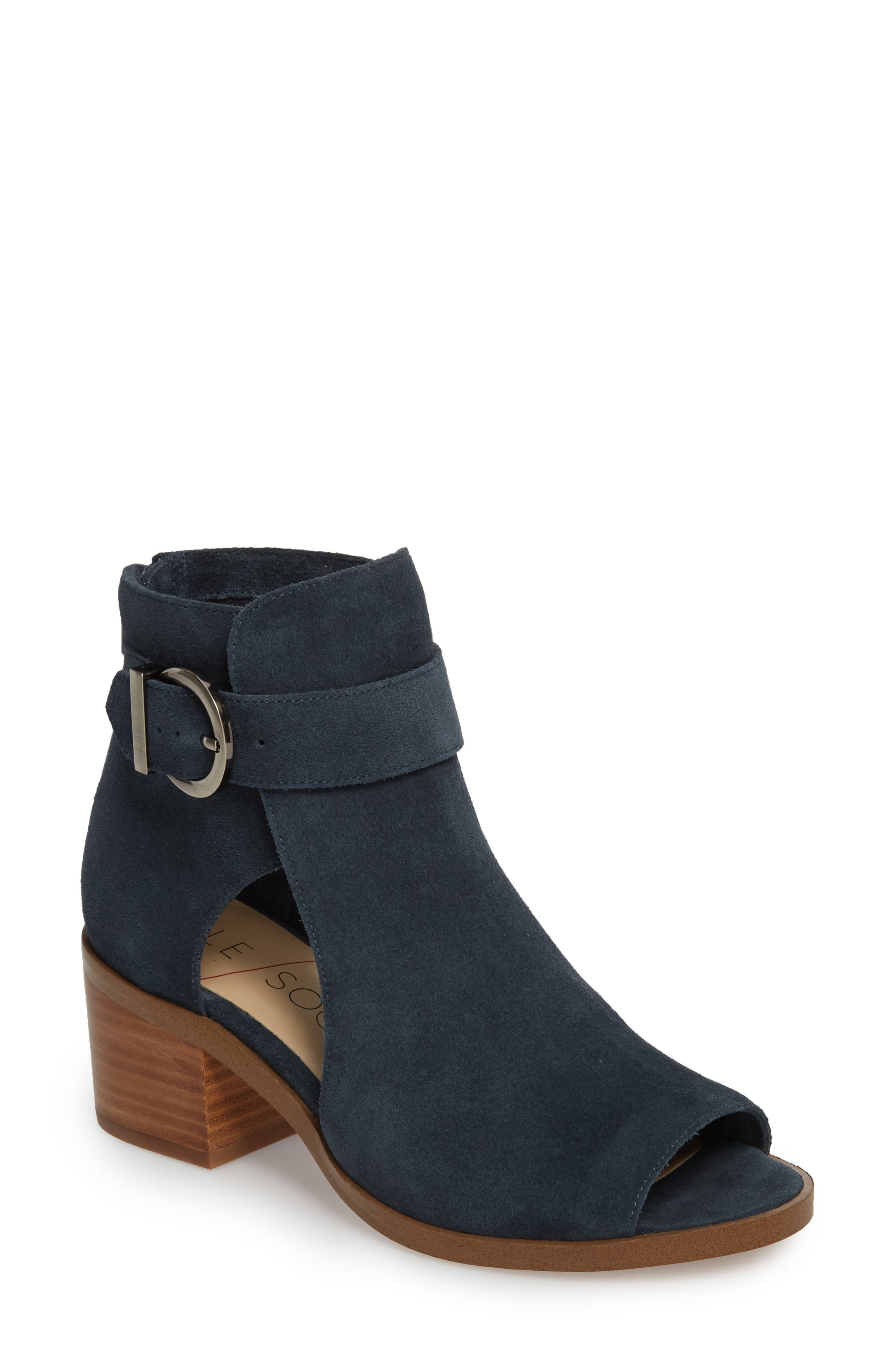 Sole Society Tracy Block Heel Sandal (Women)