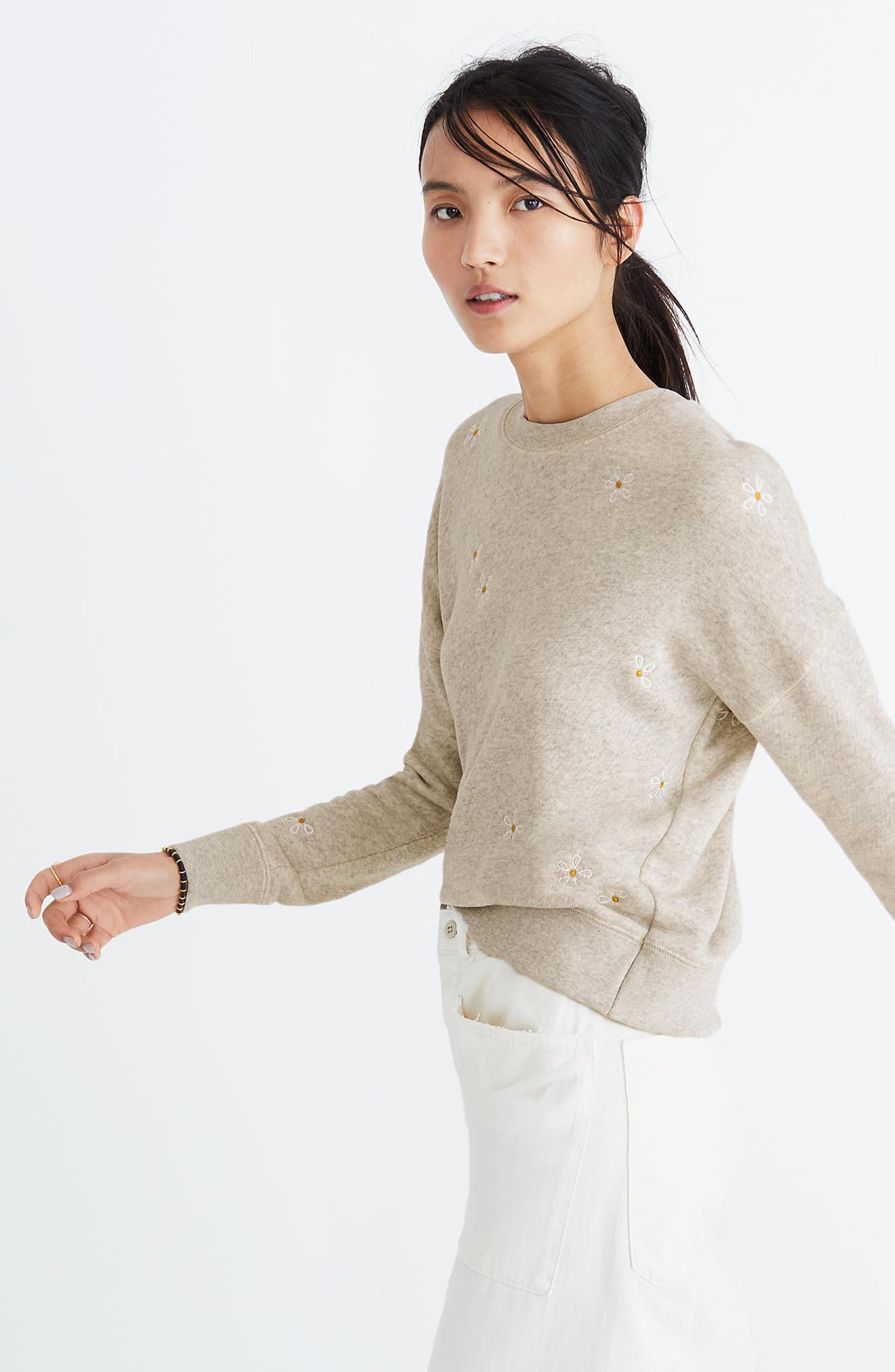 Daisy Embroidered Sweatshirt,                             Alternate thumbnail 3, color,                             Hthr Pearl