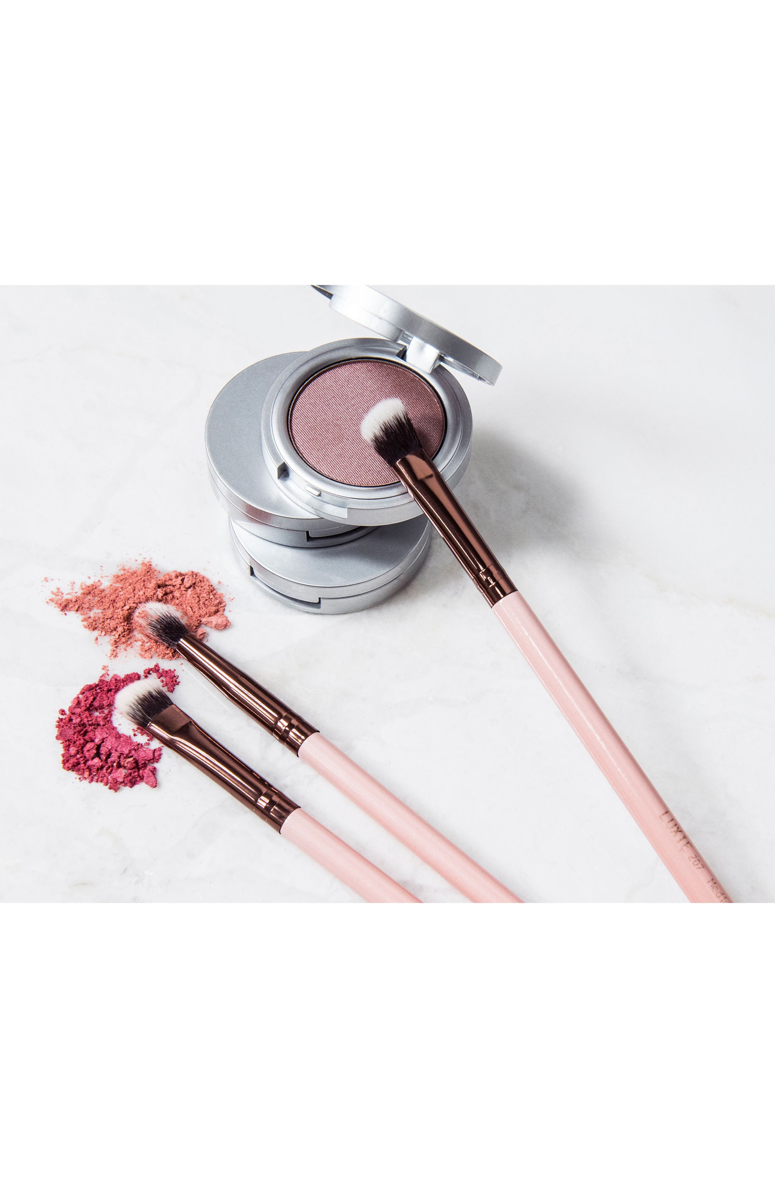 209 Rose Gold Large Shader Eye Brush,                             Alternate thumbnail 2, color,                             No Color