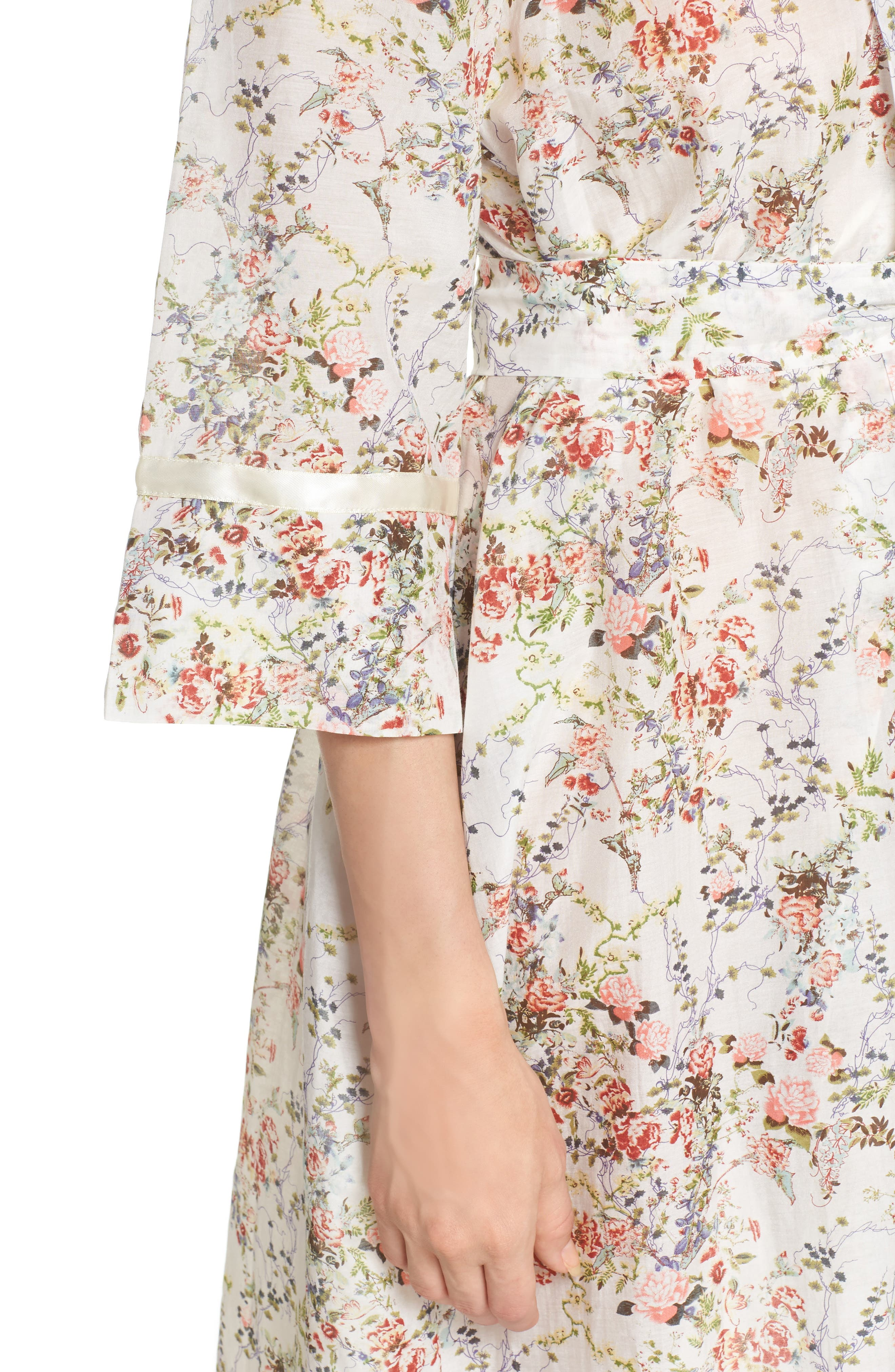 Yolly Floral Cotton & Silk Robe,                             Alternate thumbnail 5, color,                             Ivory Floral