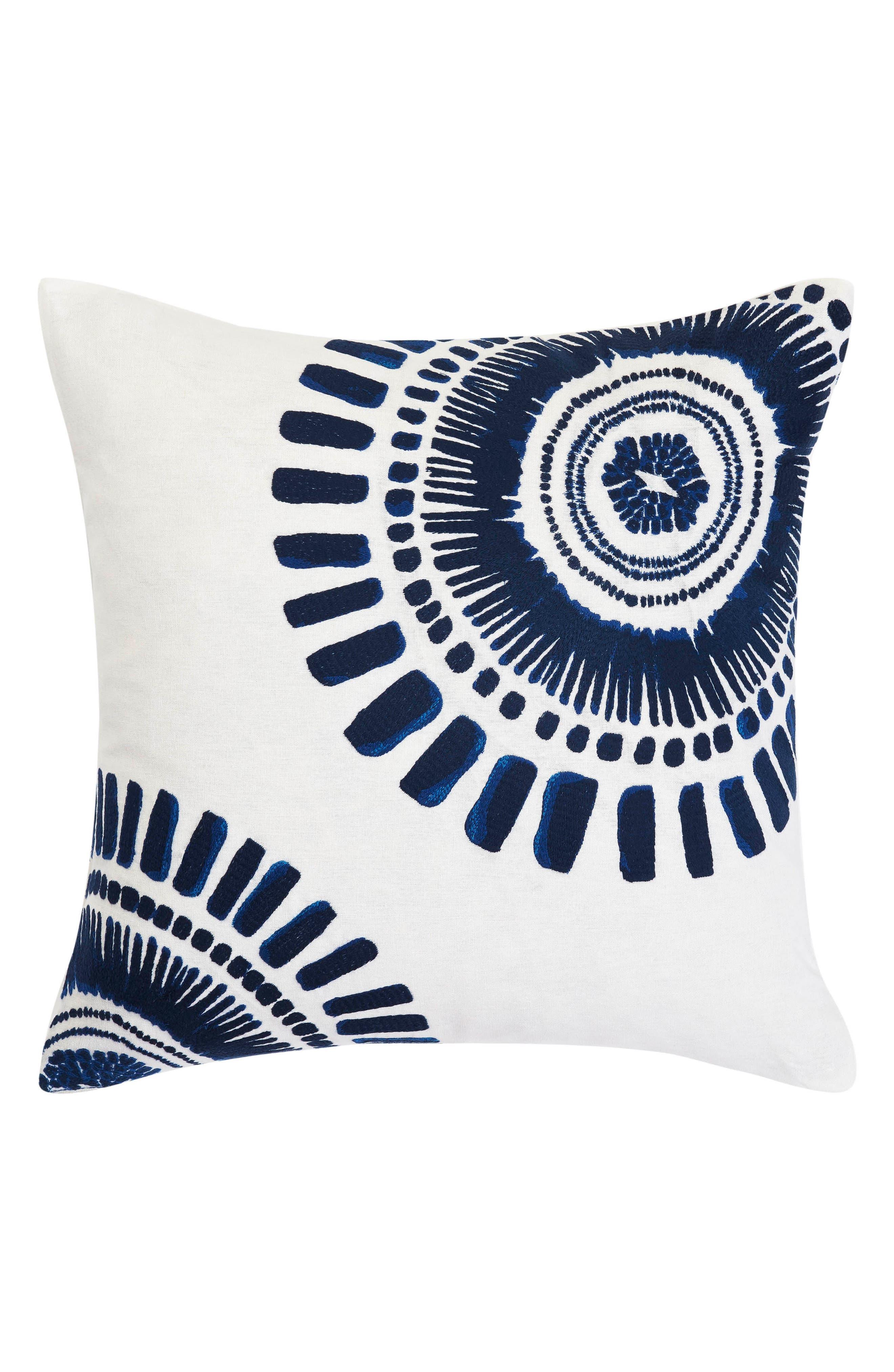 Main Image - Trina Turk Samba de Roda Accent Pillow