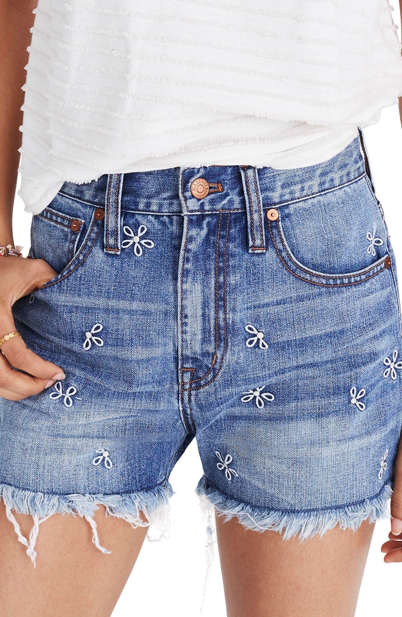 Madewell Perfect Daisy Embroidered High Waist Denim Shorts (Aberdeen Wash)