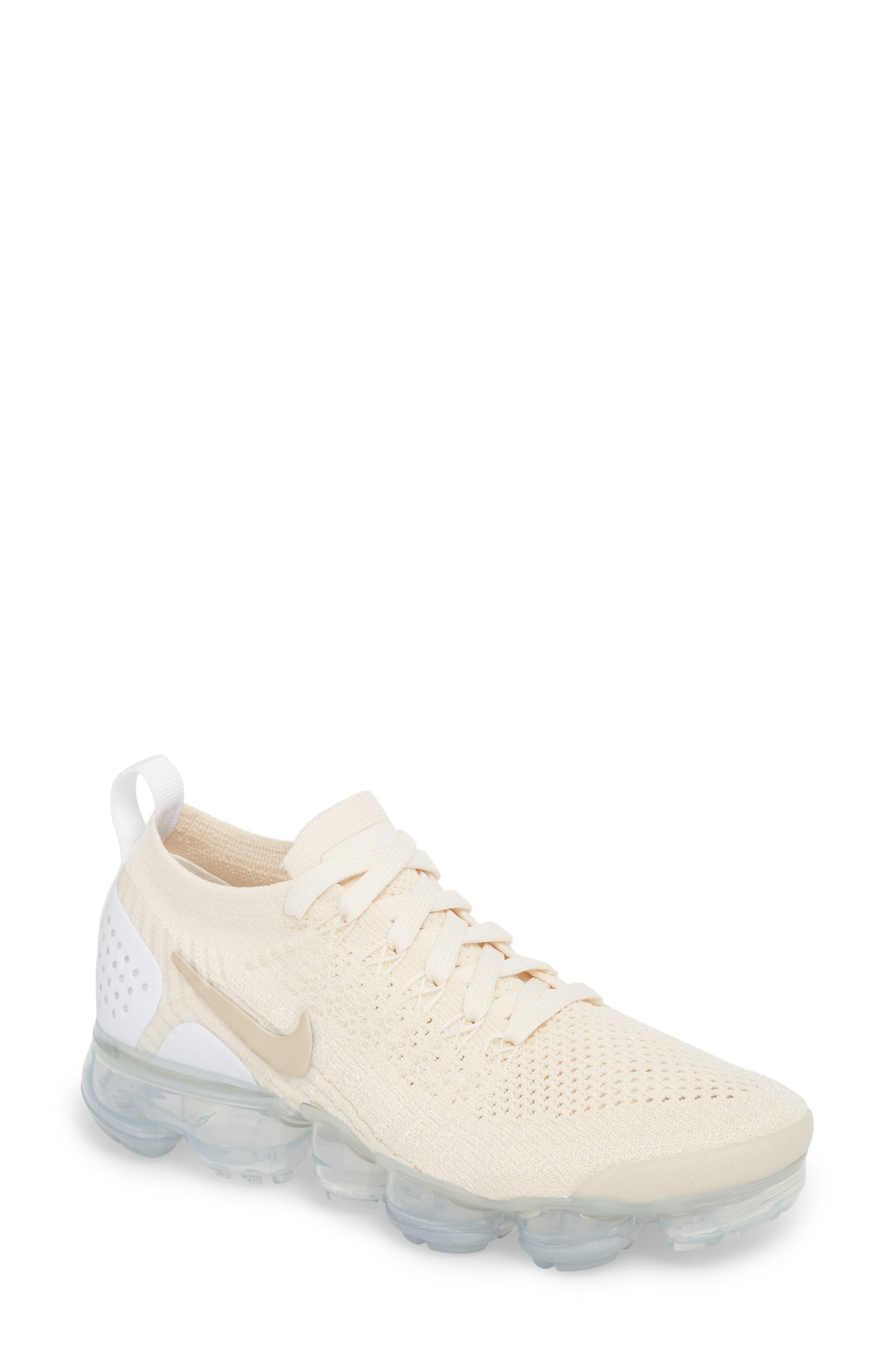 Nike Air VaporMax Flyknit 2 Running Shoe Women
