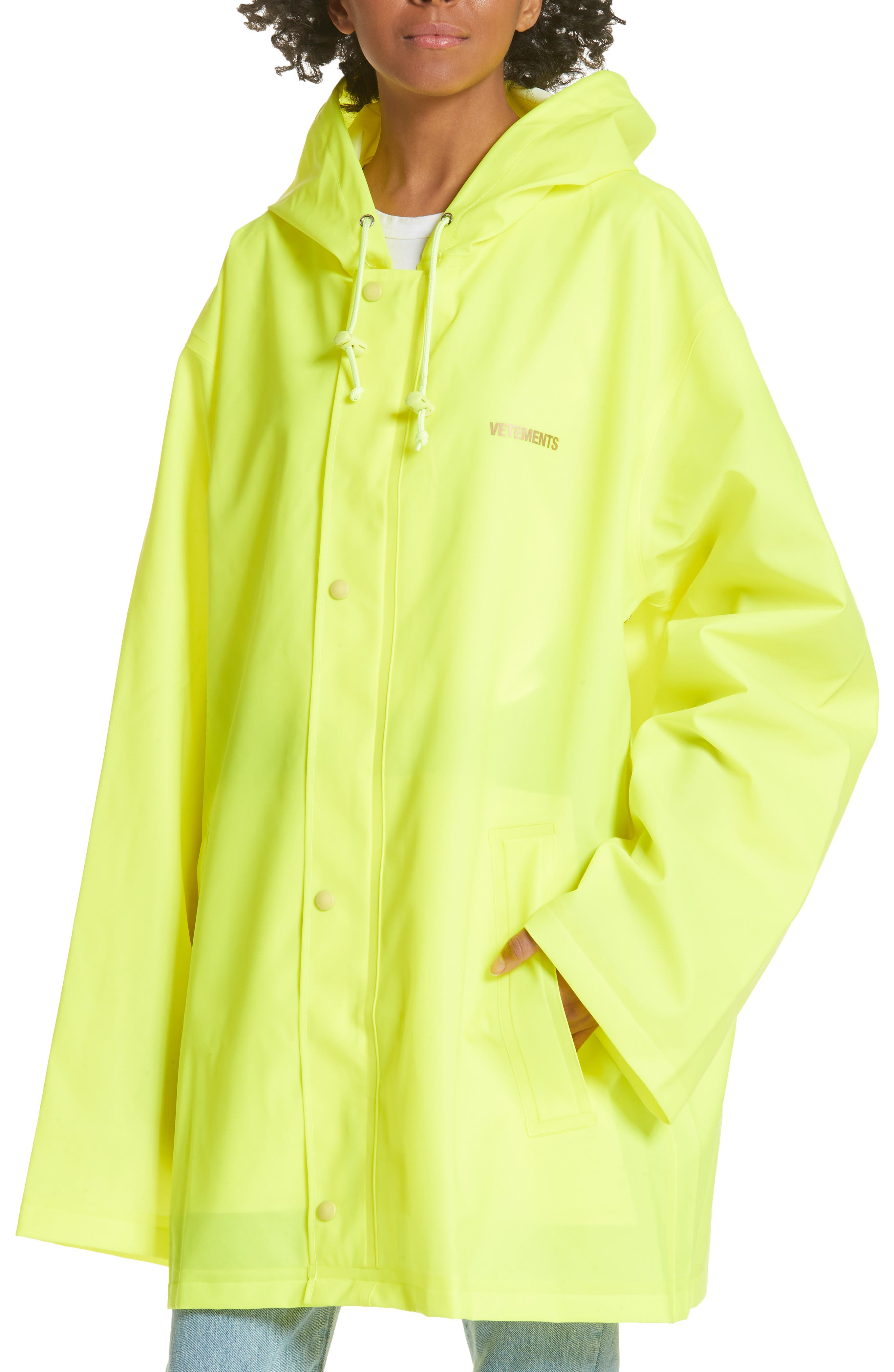 Alternate Image 4  - Vetements Short Logo Raincoat