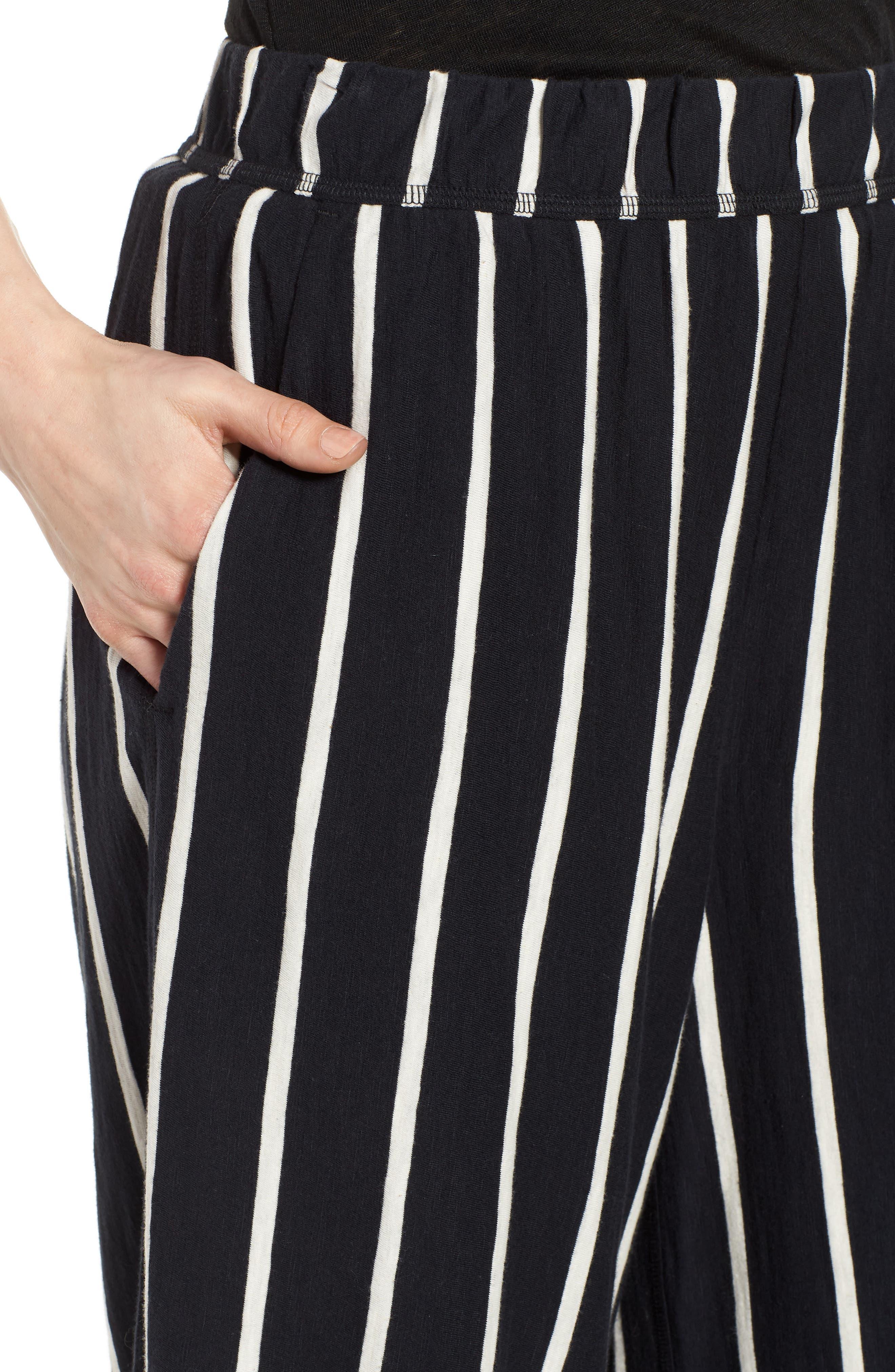 Stripe Organic Cotton Capri Pants,                             Alternate thumbnail 4, color,                             Black/ White