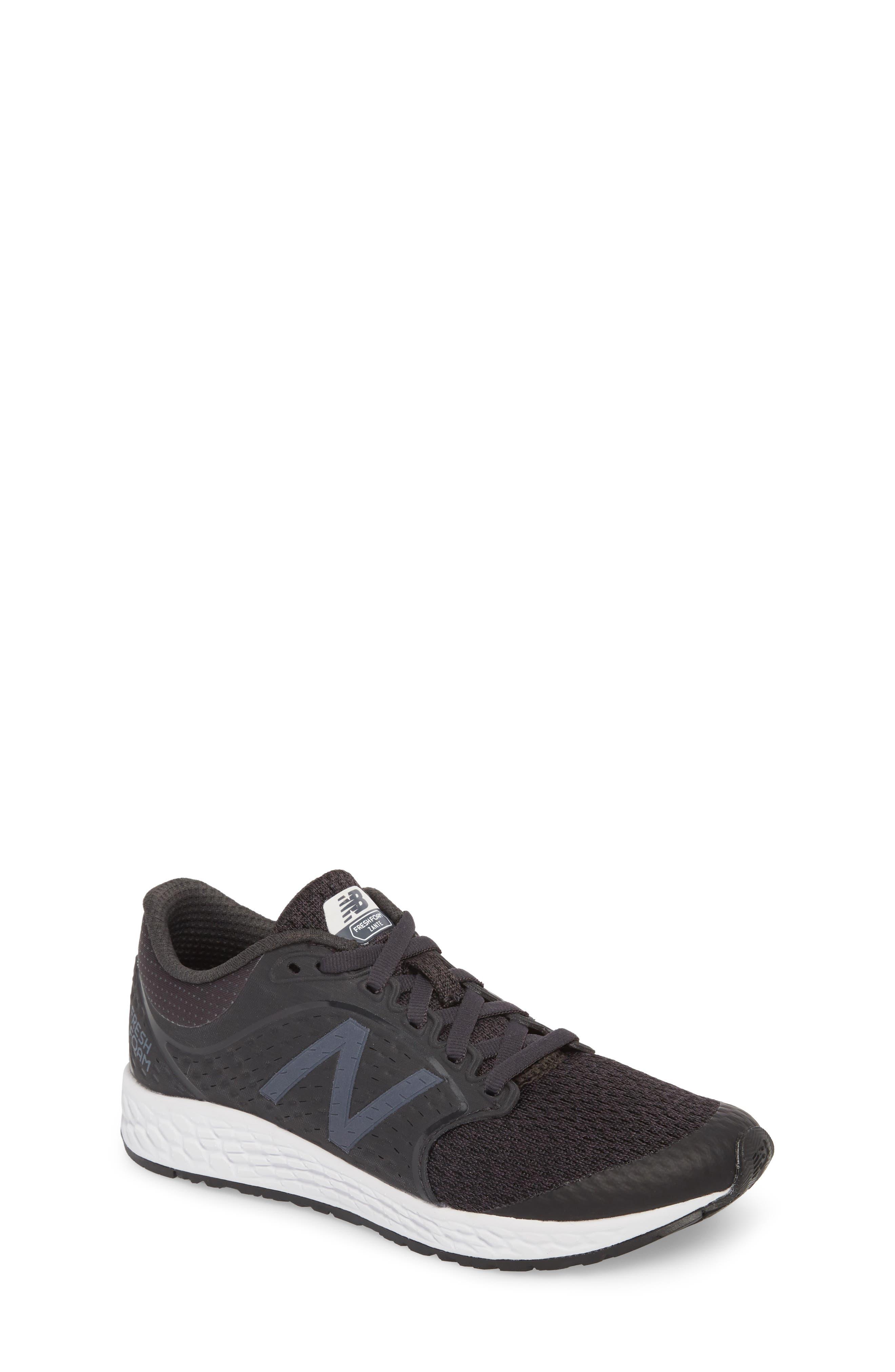 Fresh Foam Zante v4 Running Shoe,                         Main,                         color, Black/ White