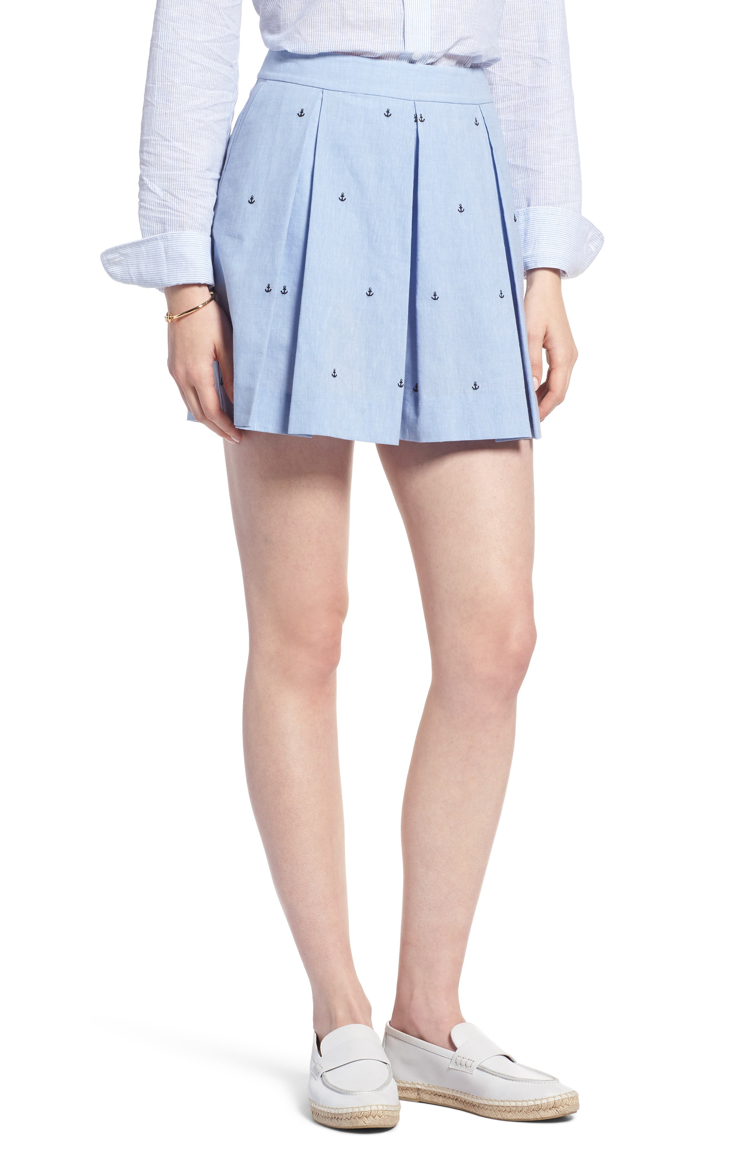 Anchor Embroidery Pleated Cotton Shorts,                         Main,                         color, Chambray Anchor Print