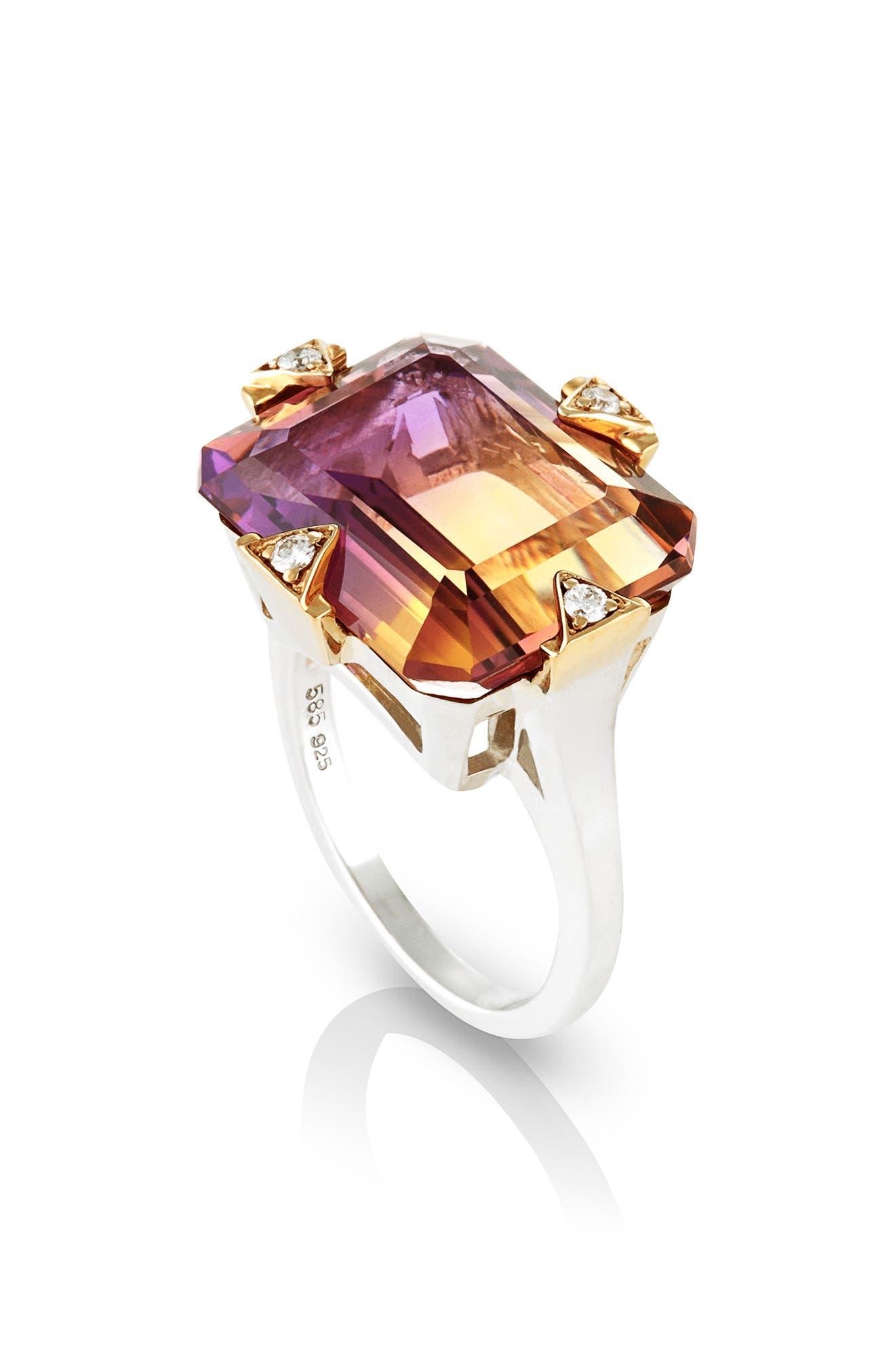 MANIAMANIA Cocktail Ring with Diamonds