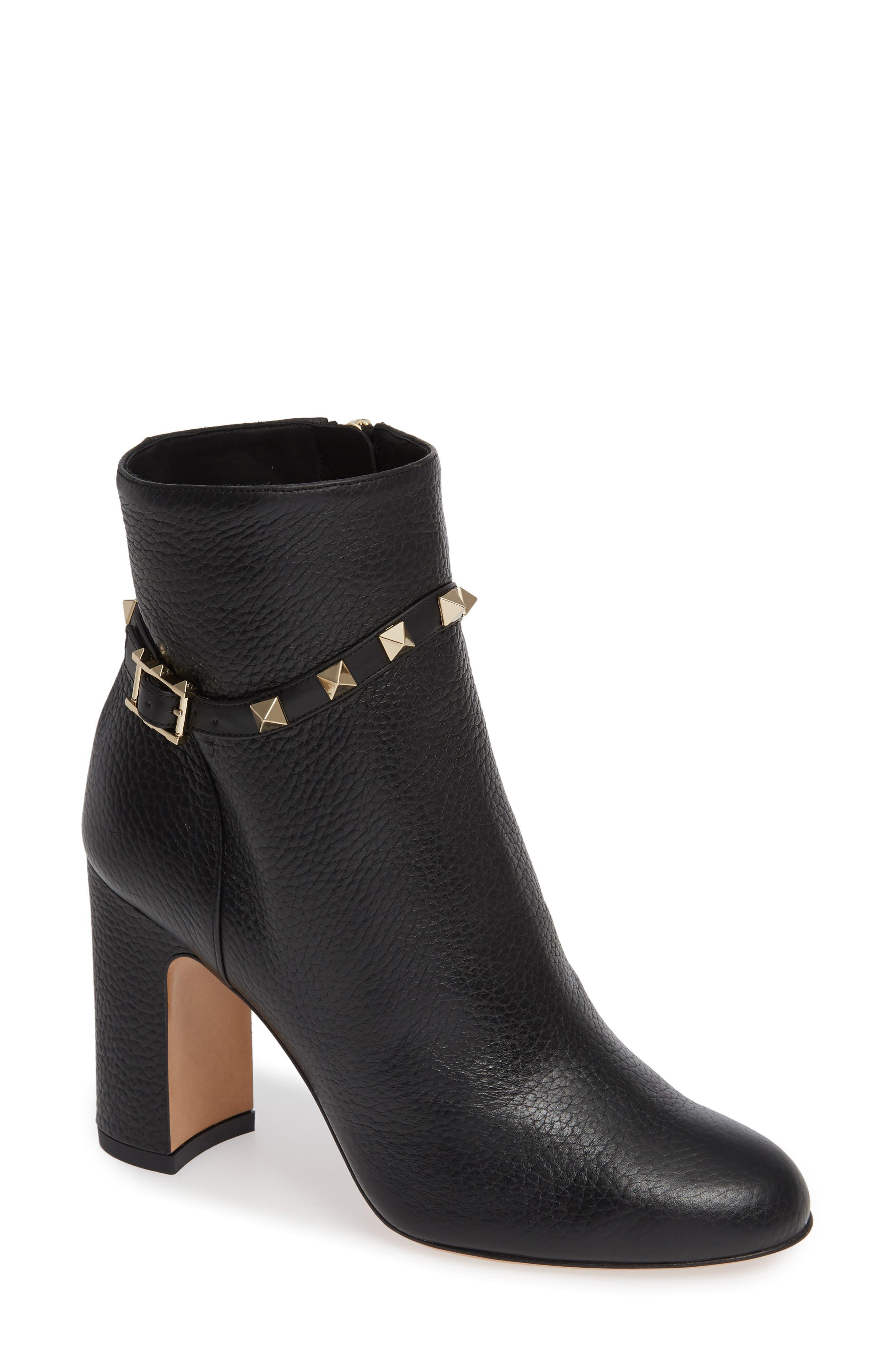 Rockstud Pebbled Leather Ankle Booties in Black