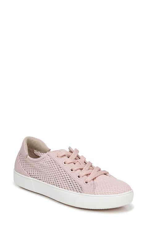 801837432af39 Naturalizer Morrison III Perforated Sneaker (Women)