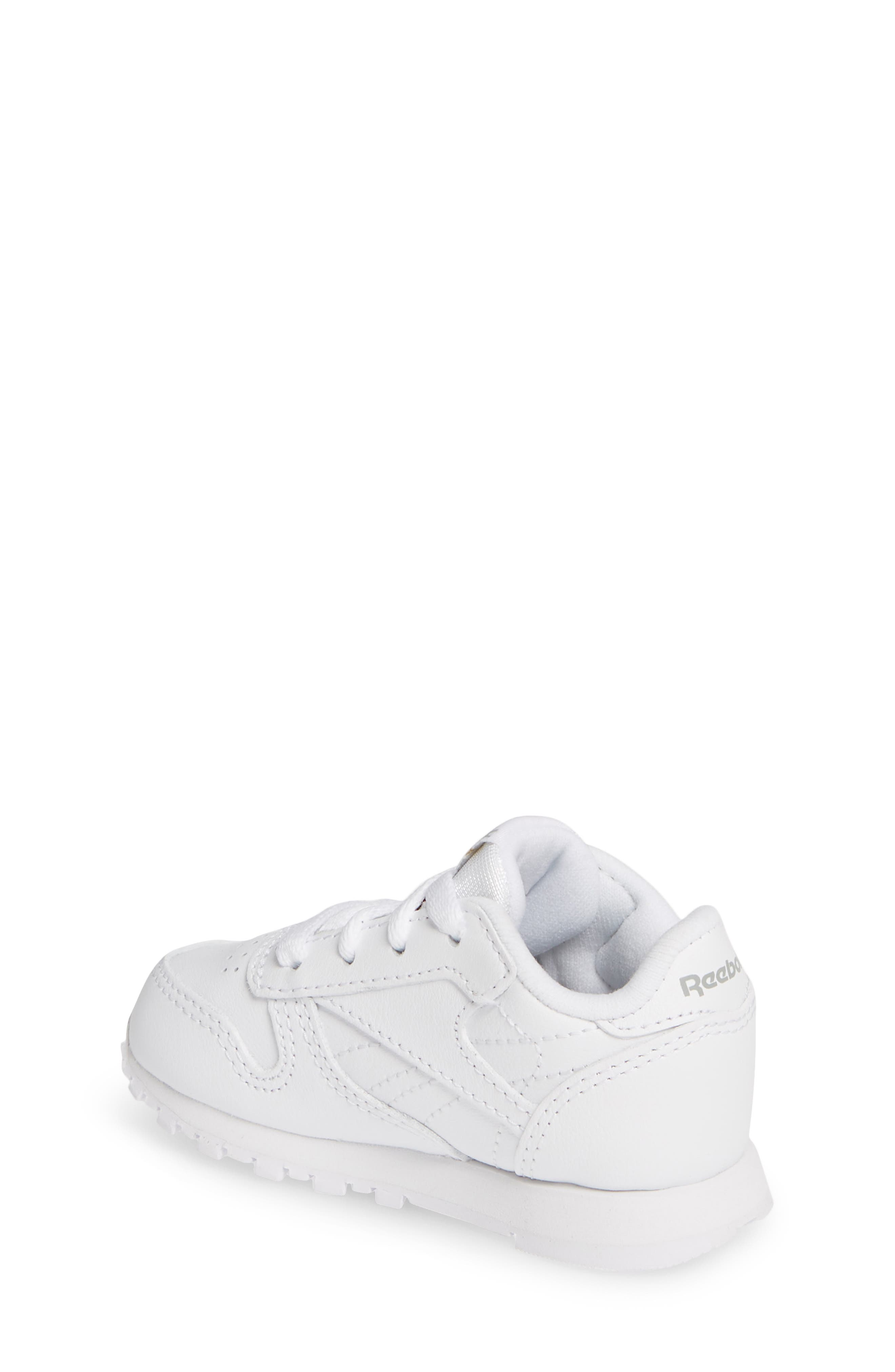 10862528db54c Reebok Shoes