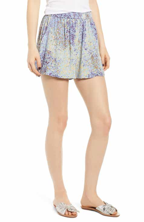 Alice + Olivia Larissa Pleat Detail Shorts by ALICE AND OLIVIA