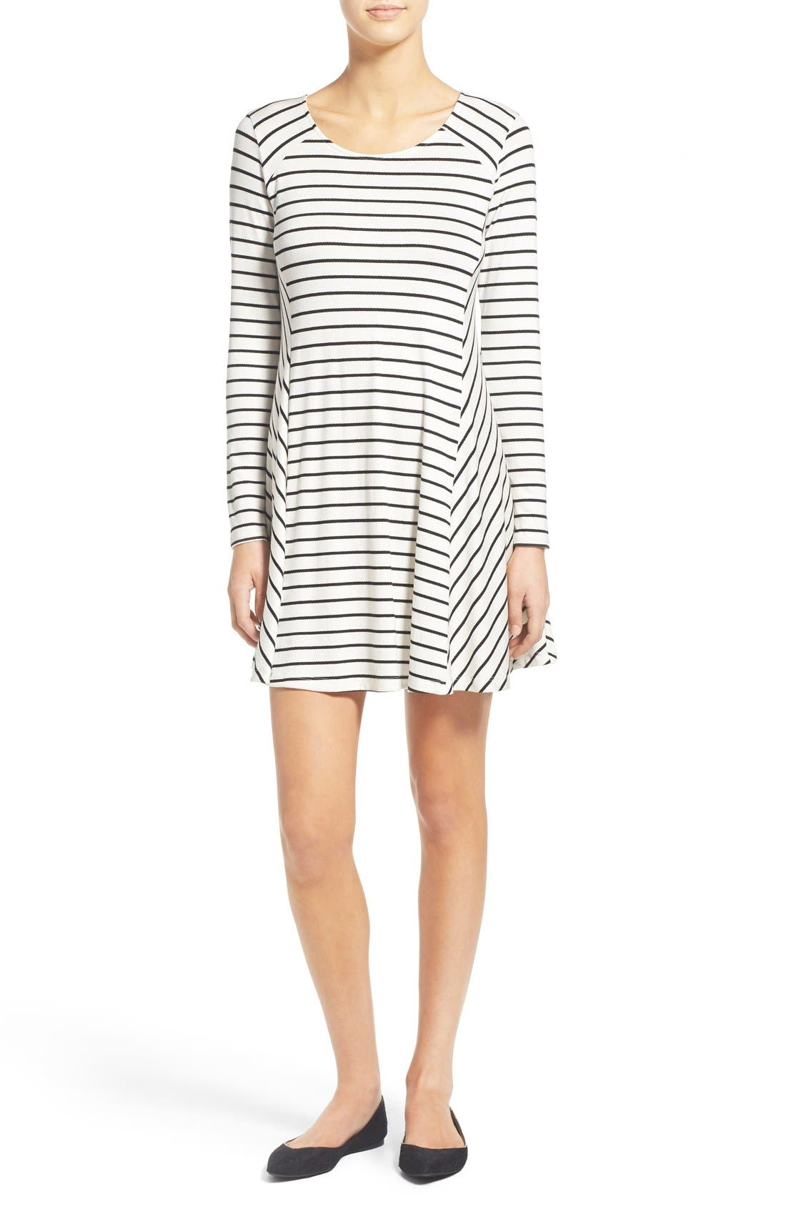 Alternate Image 1 Selected - Lush 'Lauren' Long Sleeve Shift Dress
