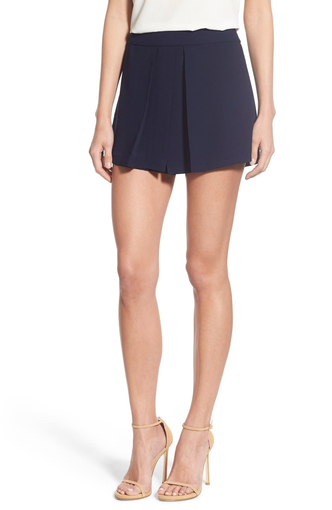 Main Image - cupcakes and cashmere 'Siouxsie' Pleated Shorts