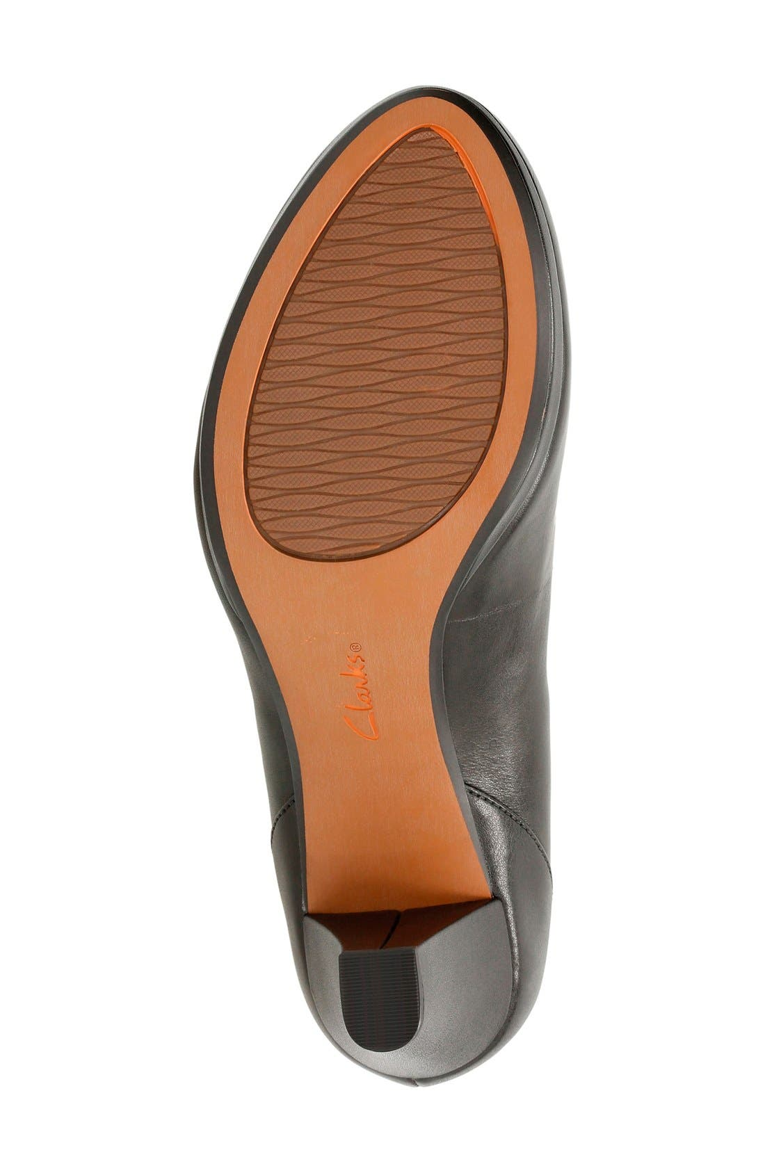 'Chorus Chic' Round Toe Pump,                             Alternate thumbnail 4, color,                             Black Leather