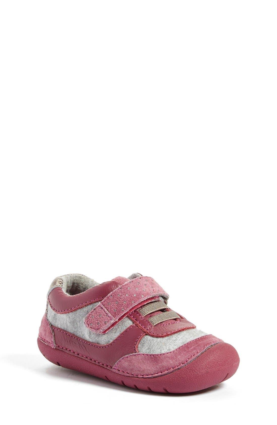 Tucker + Tate 'Quinn' Sneaker (Baby & Walker)