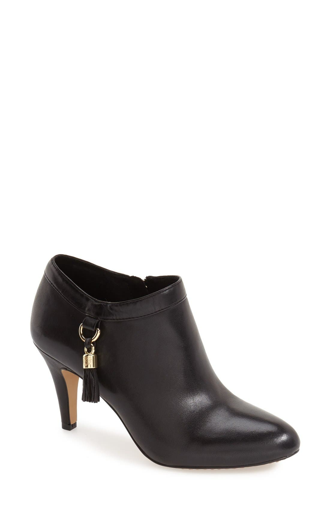 Alternate Image 1 Selected - Vince Camuto 'Vecka' Bootie (Women)