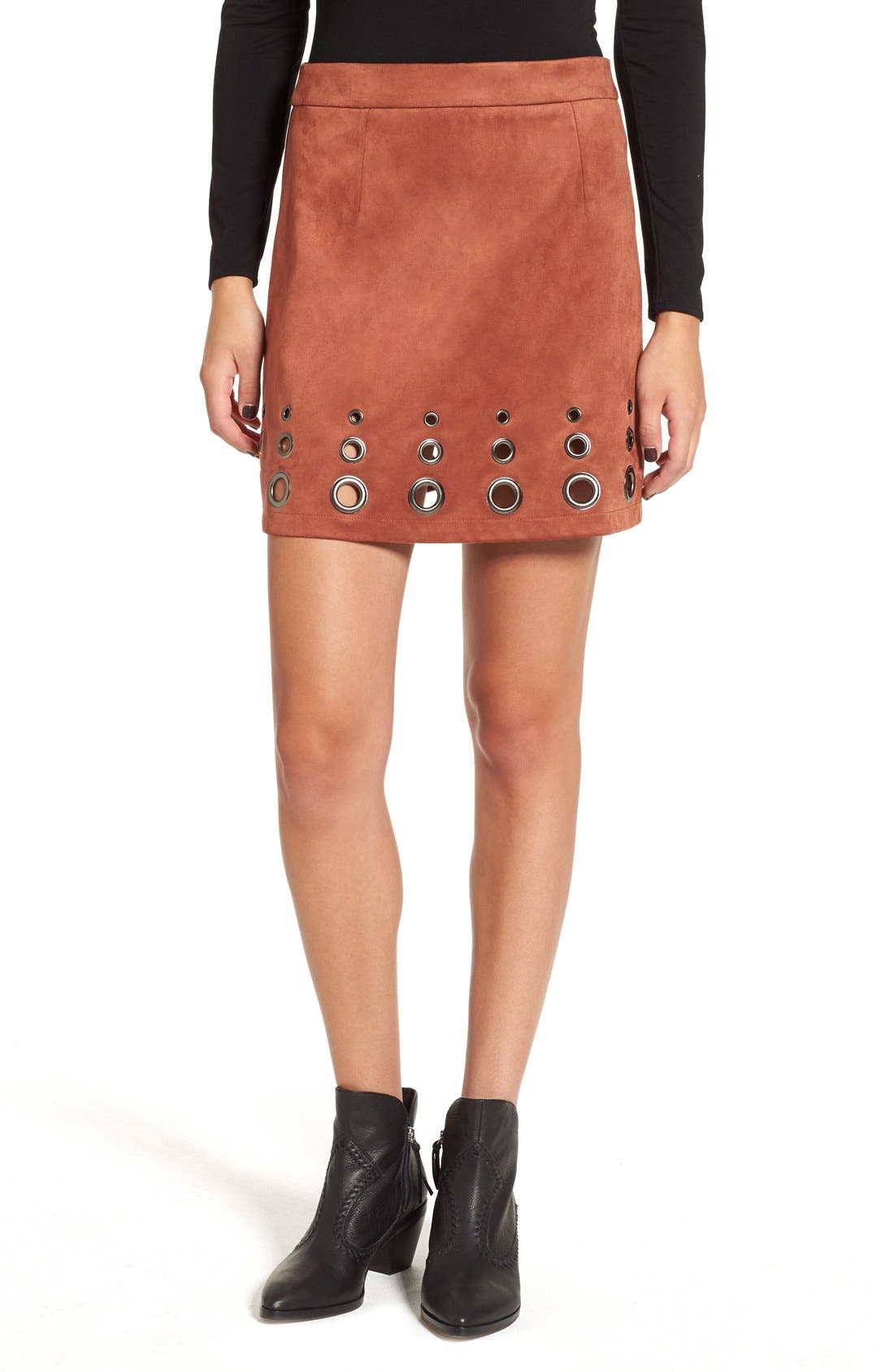 Main Image - Glamorous Grommet Faux Suede A-Line Skirt
